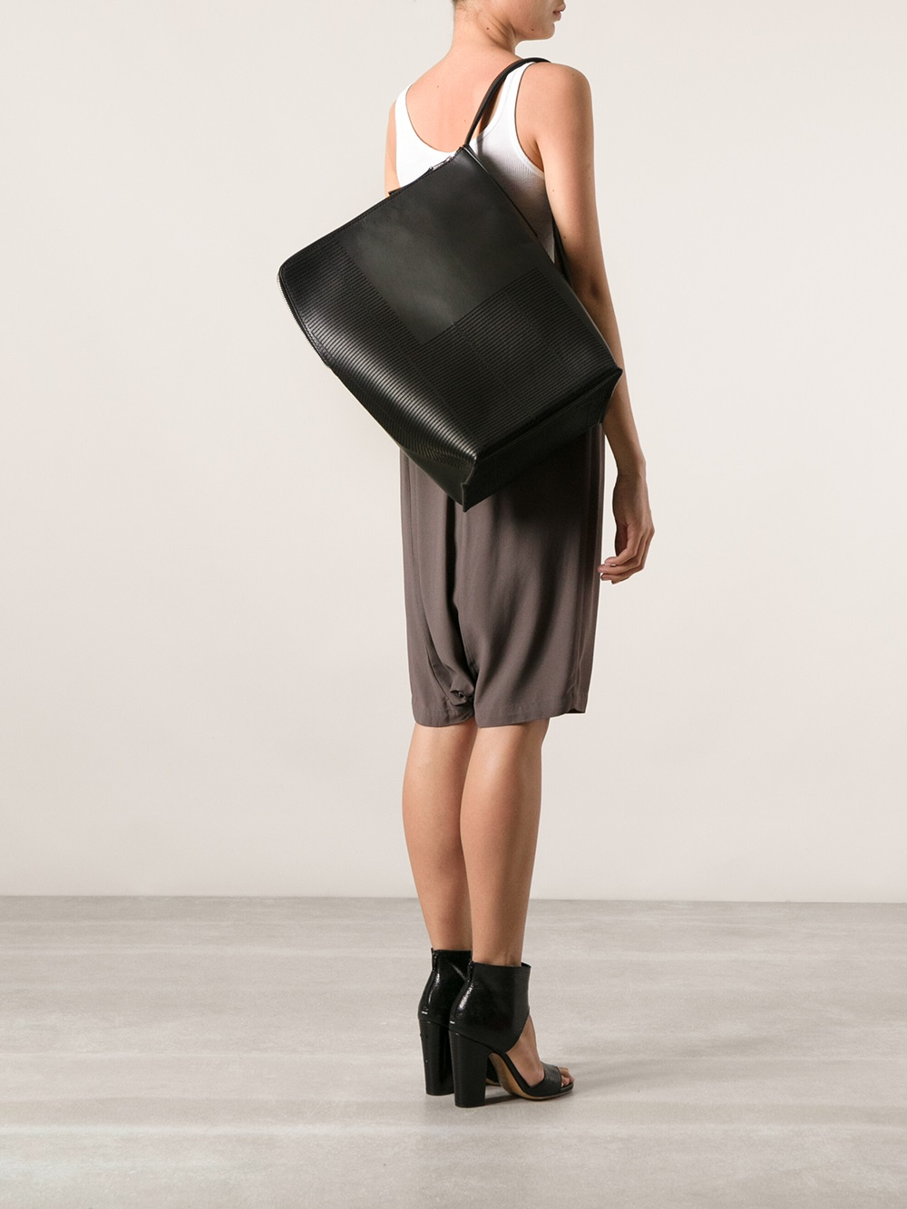 Rick owens Bucket Shoulder Bag in Black | Lyst