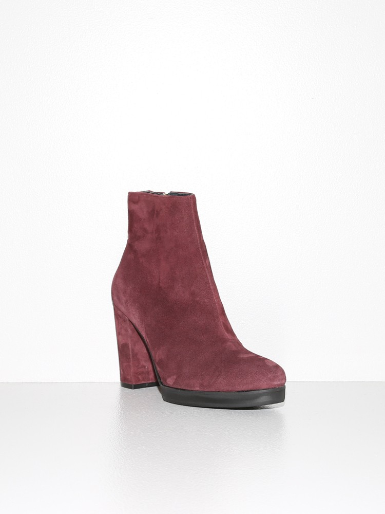 won hundred hydro suede boots wine in purple lyst