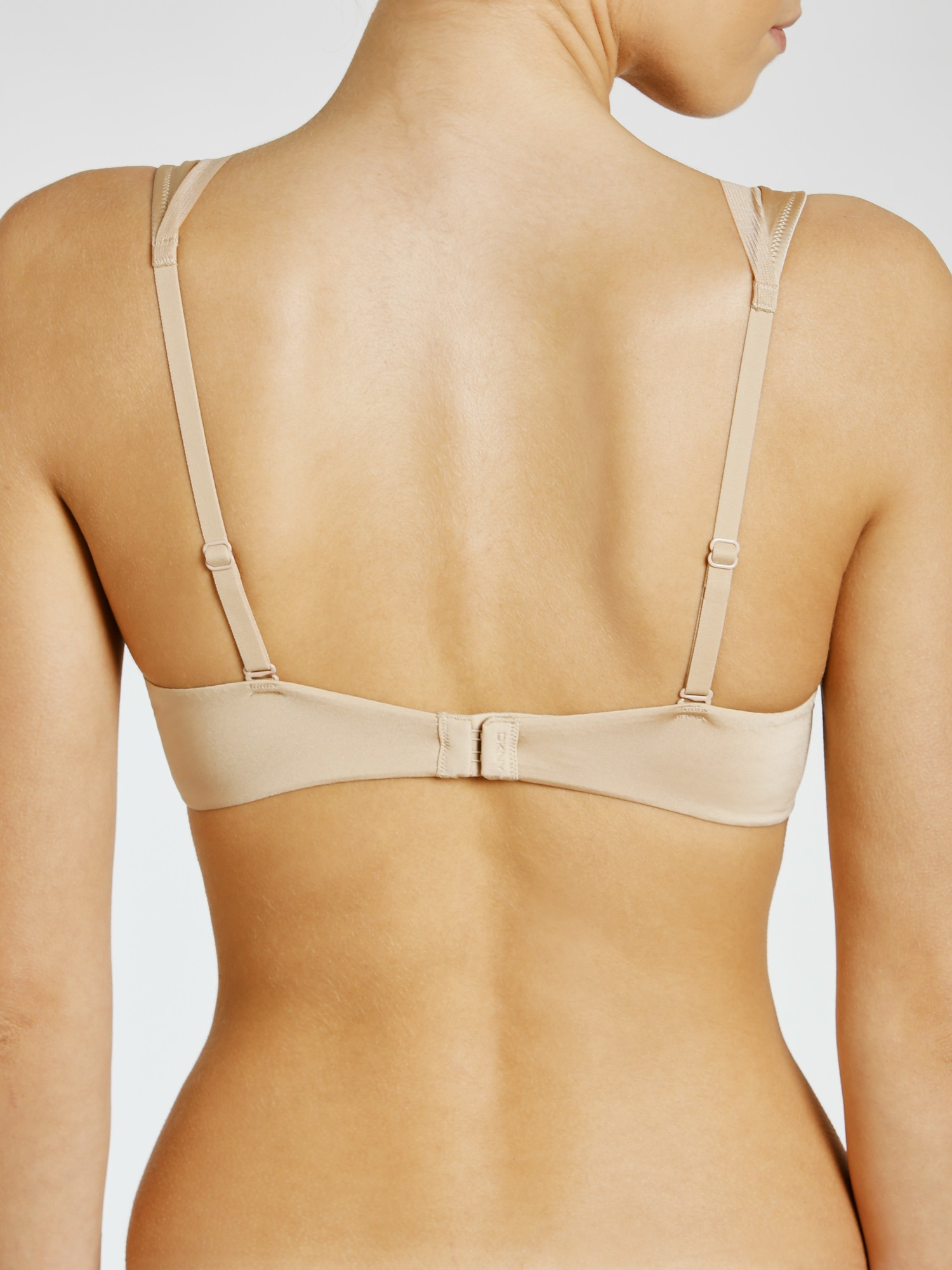 dd3ab58003e78 DKNY Signature Unlined Plunge Bra in Natural - Lyst