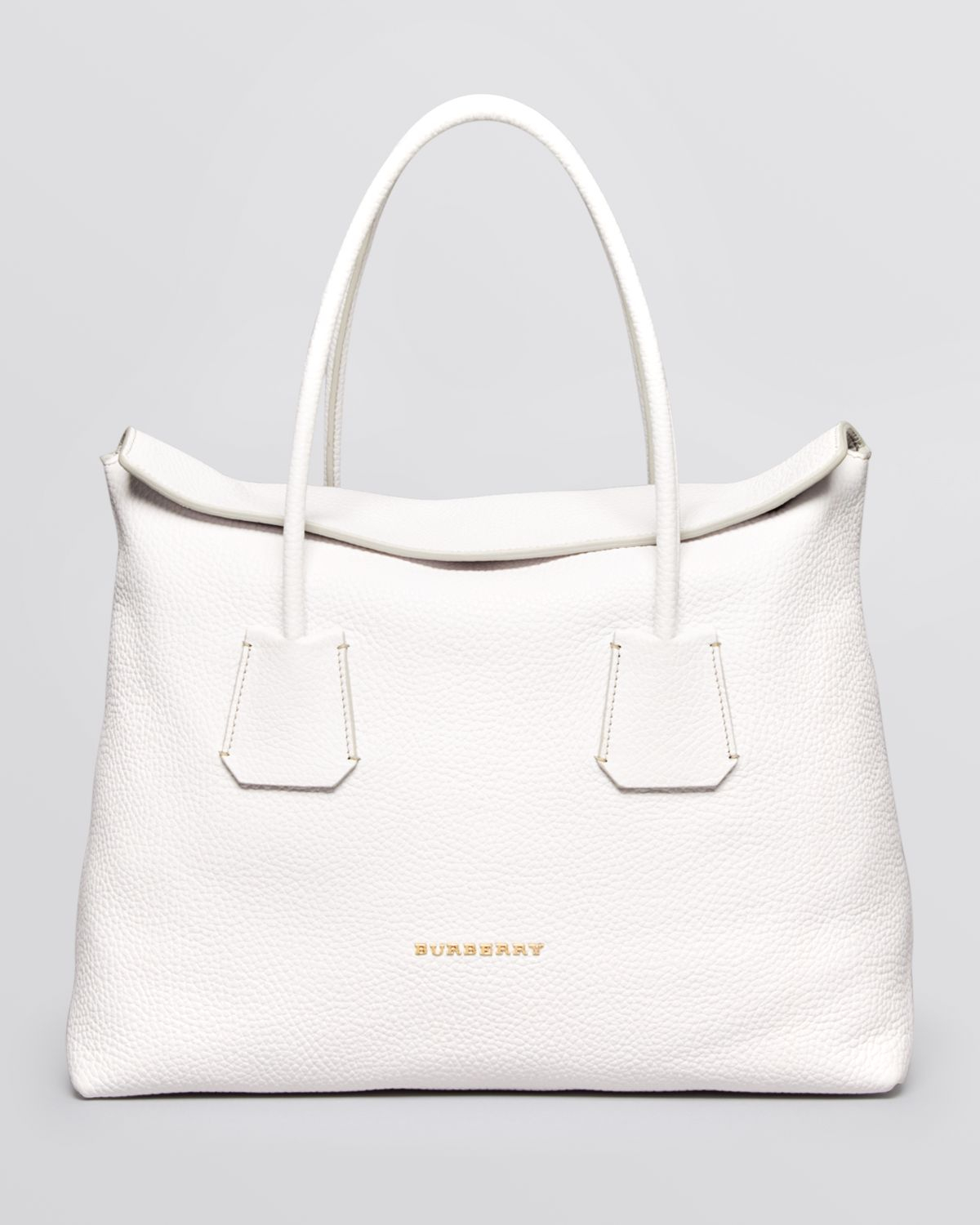 320368bd70b4 Lyst - Burberry Tote London Grainy Leather Medium Baynard in White