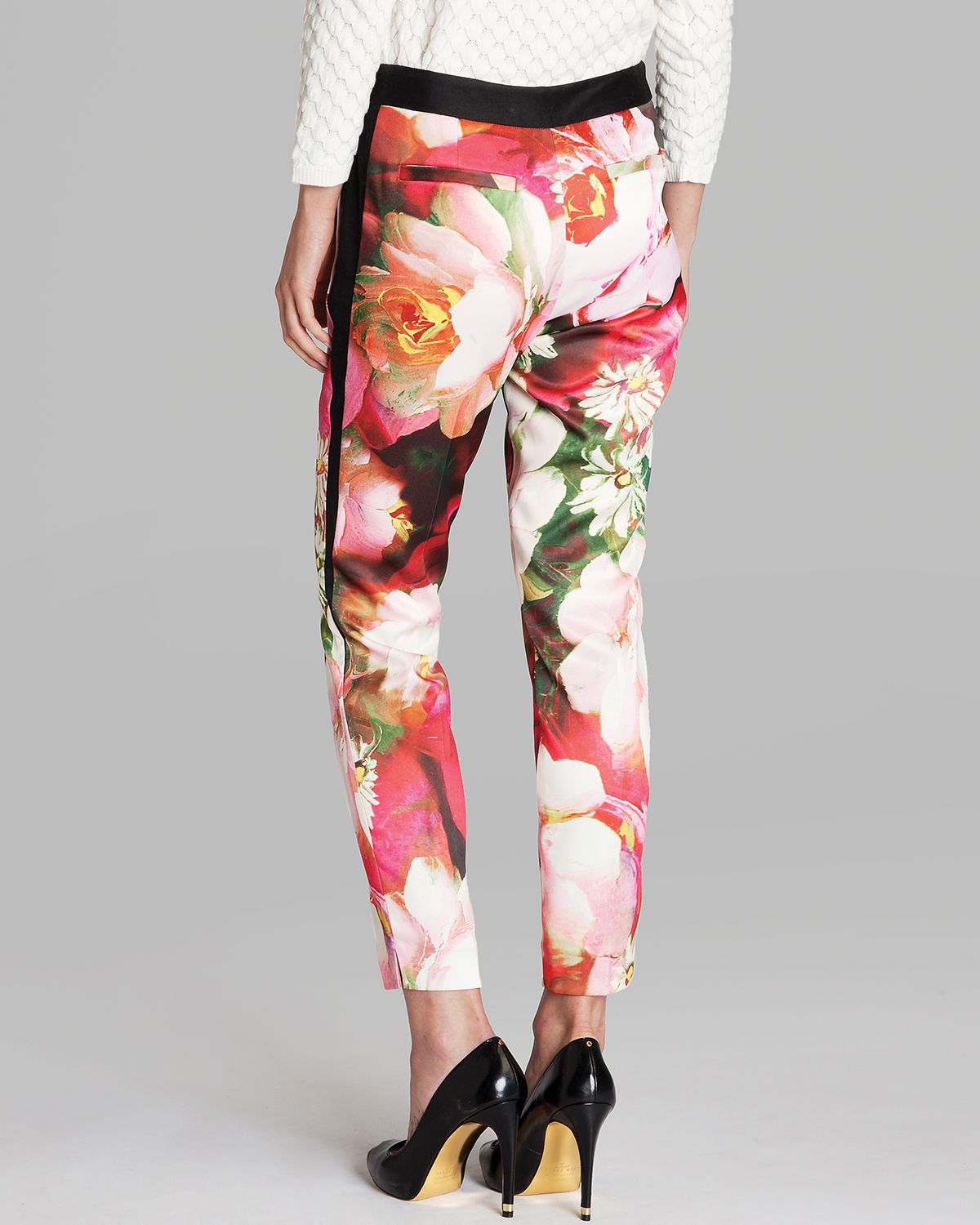 383943149f9b Lyst - Ted Baker Trousers Tiina Rose Print in Pink