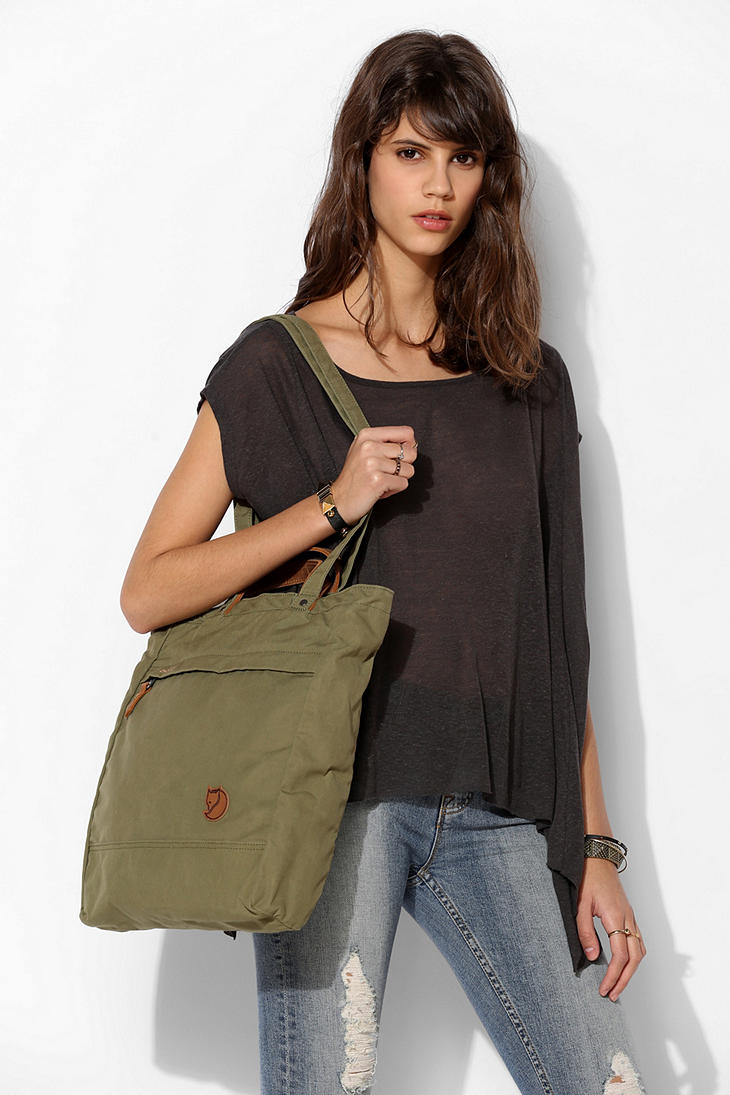 Lyst Urban Outfitters Fjallraven Tote Pack No 1 Bag In Green