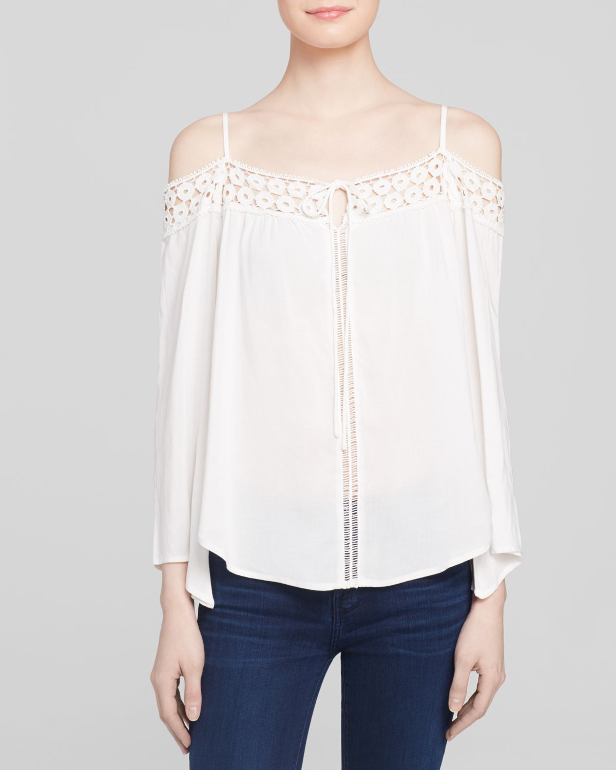 Images of Off Shoulder White Blouse - Reikian