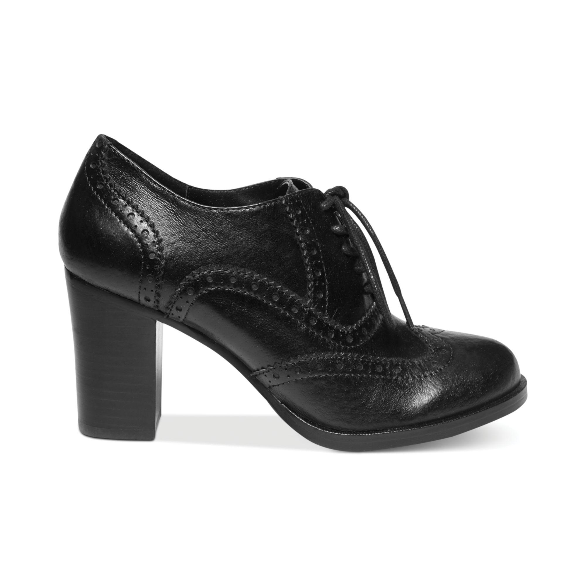 Aerosoles Black Oxford Shoes Womens
