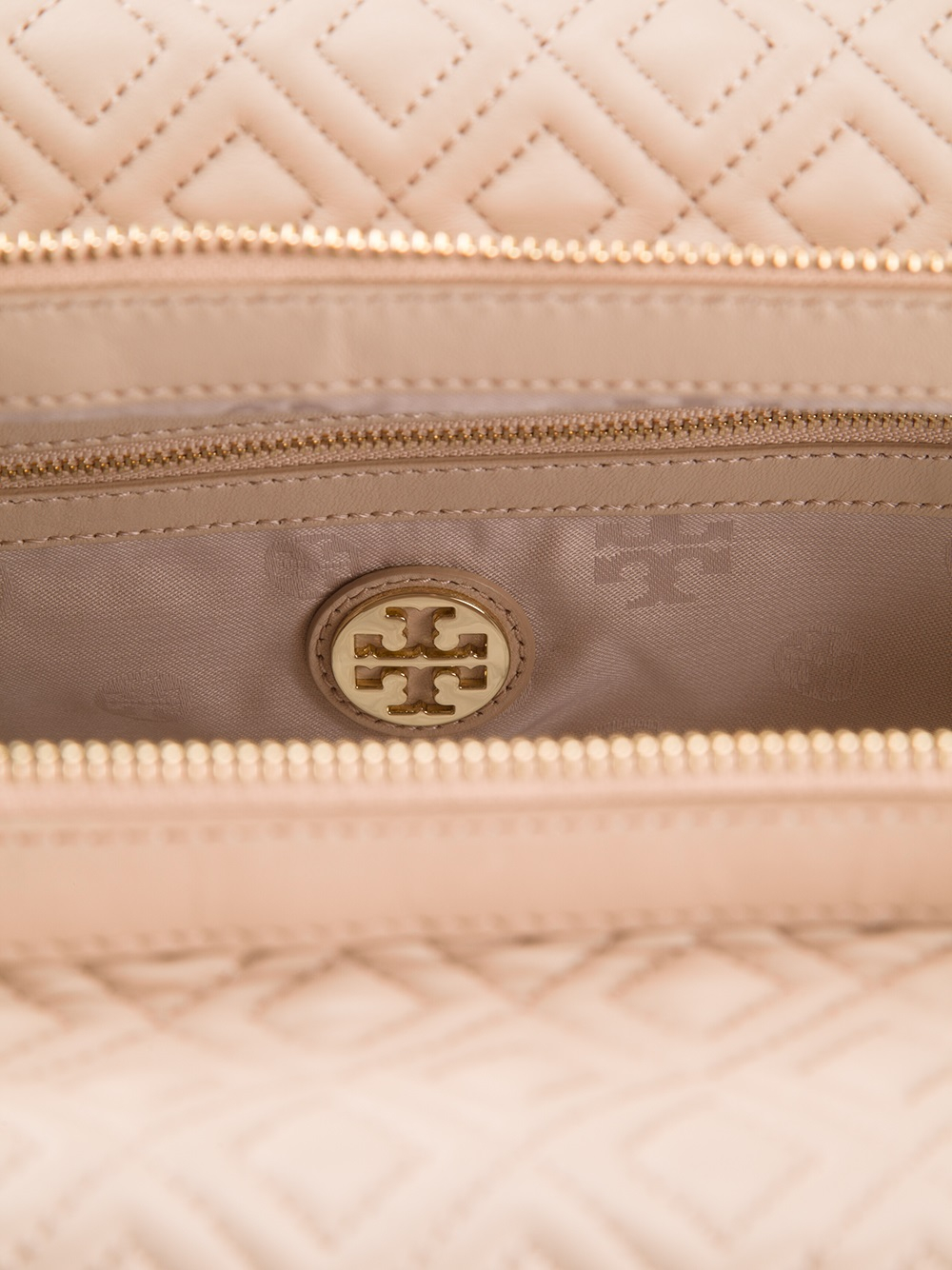 c7ea367e5ee Gallery. Previously sold at  Farfetch · Women s Tory Burch Marion ...