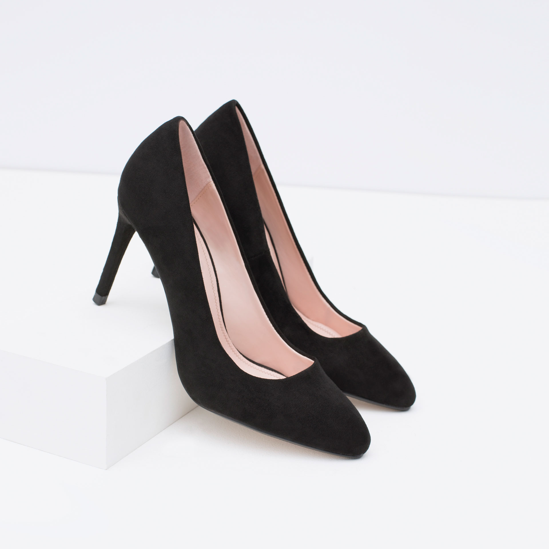 zara high heel court shoe in black lyst