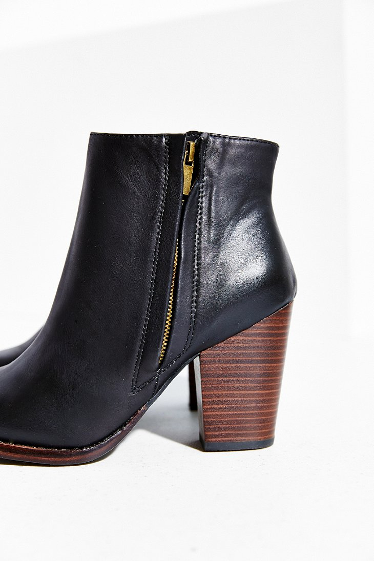 Silence   noise Half-Stacked Heeled Ankle Boot in Black   Lyst