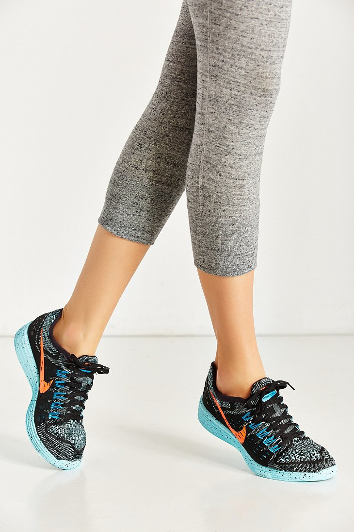 san francisco 5bfbc 399ef Lyst - Nike Womens Lunartempo Running Sneaker in Blue