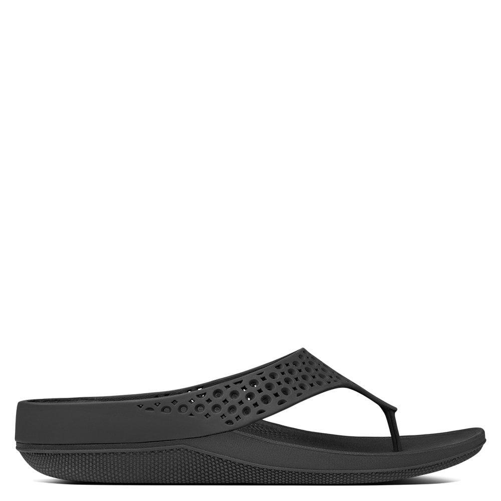 a0b586cfed82 Lyst - Fitflop Ringer Superlight Black Jelly Flip Flops in Black