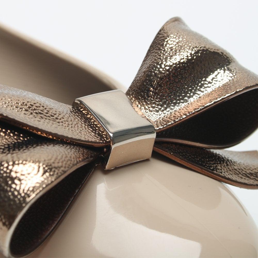 5e8951f8935 Melissa - Natural Doll Dream Bow Latte Ballet Pumps - Lyst. View fullscreen