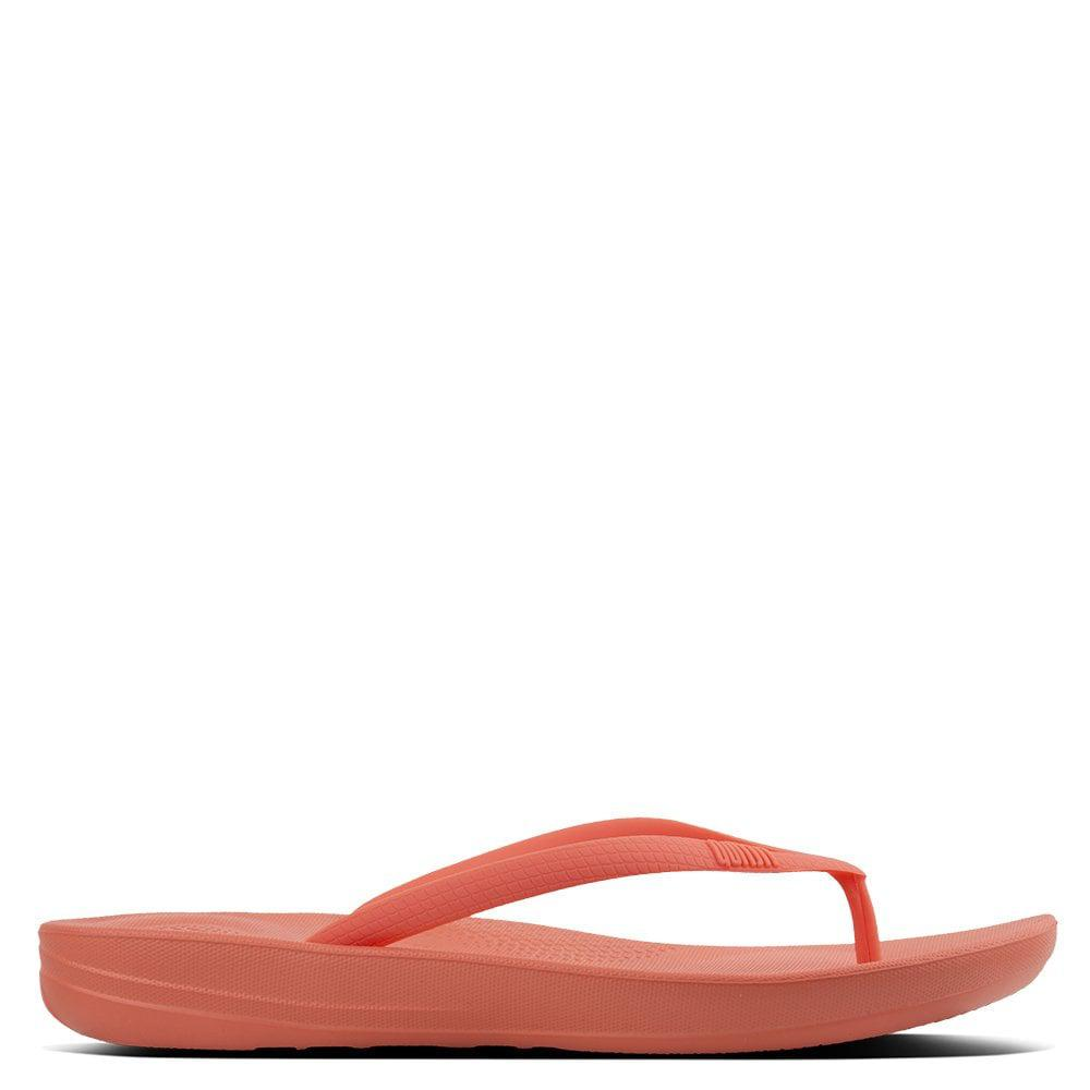 0e45f90410d3e Lyst - Fitflop Iqushion Sunshine Coral Toe Post Flip Flops in Red