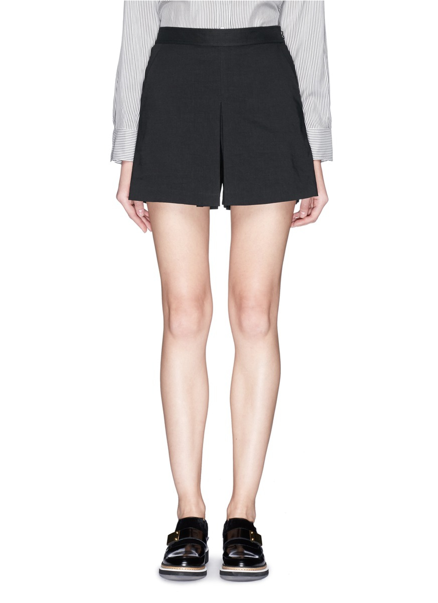 97bb5d72bf210 Theory 'taminara' Inverted Pleat Linen Shorts in Black - Lyst