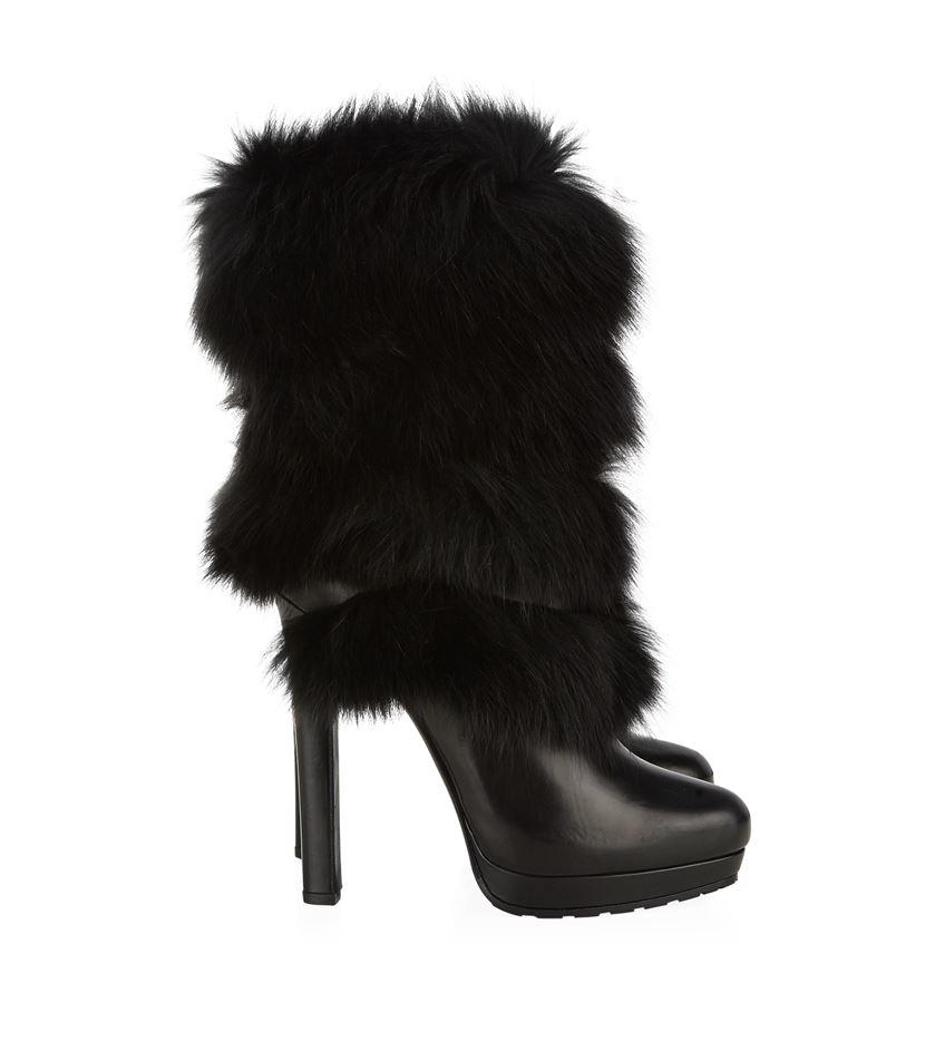 ba088a0881608 Alexander McQueen Layered Fur Boot in Black - Lyst
