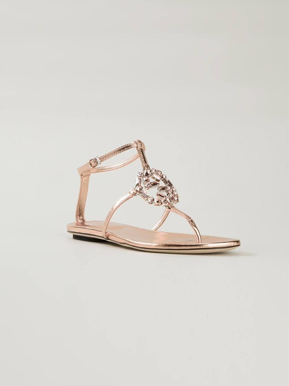28843ab28b81 Lyst - Gucci  gg  Flat Sandals in Pink