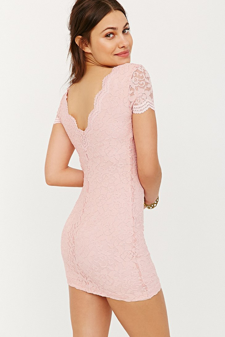 Kimchi Blue Scallop Lace Bodycon Dress In Pink Lyst