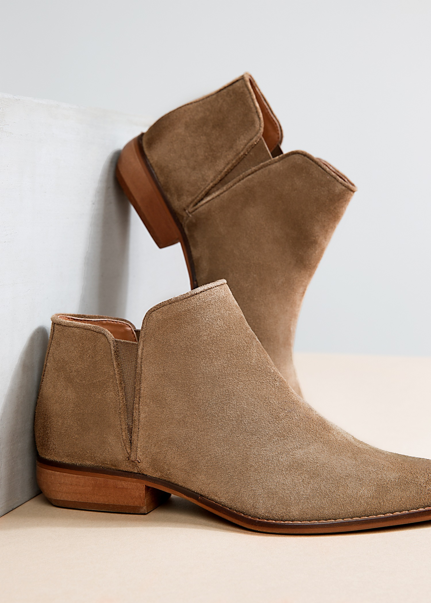 03f59f1cfc9 Mango Flat Suede Ankle Boots in Natural - Lyst