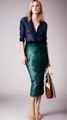 Burberry Opaque Sequin Embroidered Pencil Skirt in Green | Lyst
