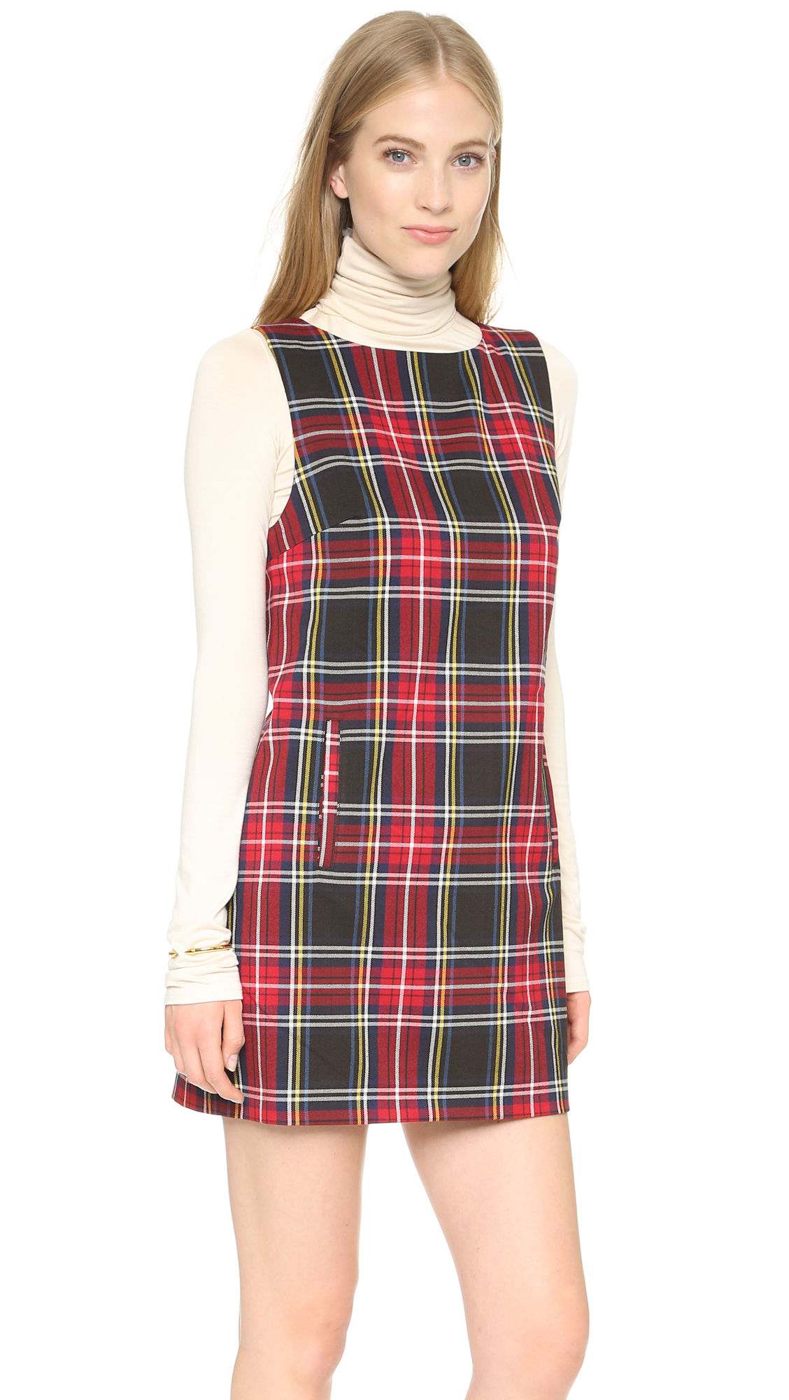 Dylan by True Grit Women's Puckered Plaid Sleeveless Shirt Dress, Black Plaid, X-Small This dylan, by true grit puckered plaid sleeveless shirt dress is made from percent soft cotton. It has a built-in slip, two pockets and is made with window pane pattern in the fabric.
