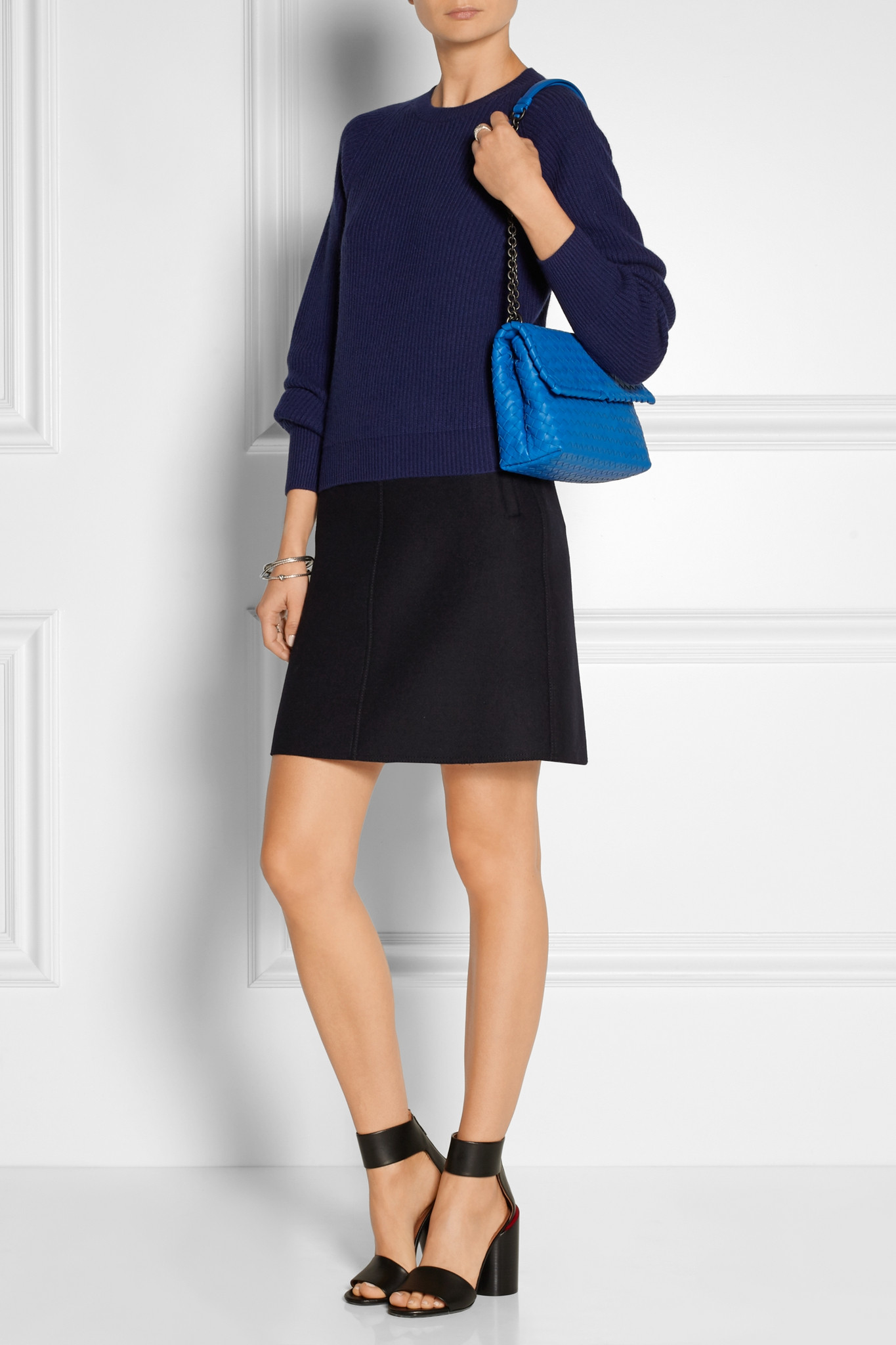 ac3ff3a7d2 Bottega Veneta Olimpia Small Intrecciato Leather Shoulder Bag in ...
