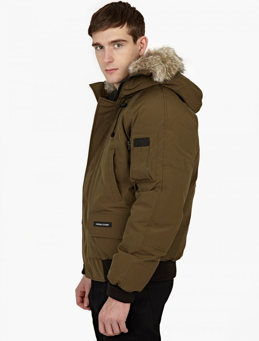 canada goose khaki fur trimmed 39 chilliwack 39 bomber jacket. Black Bedroom Furniture Sets. Home Design Ideas