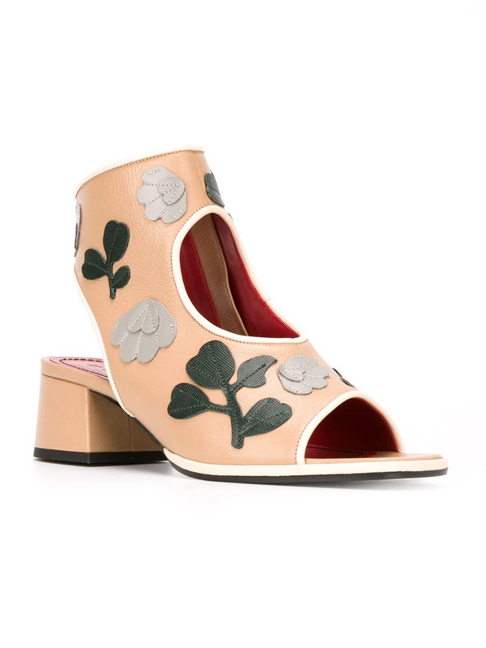 floral applique sandals - Nude & Neutrals Marni MszpB