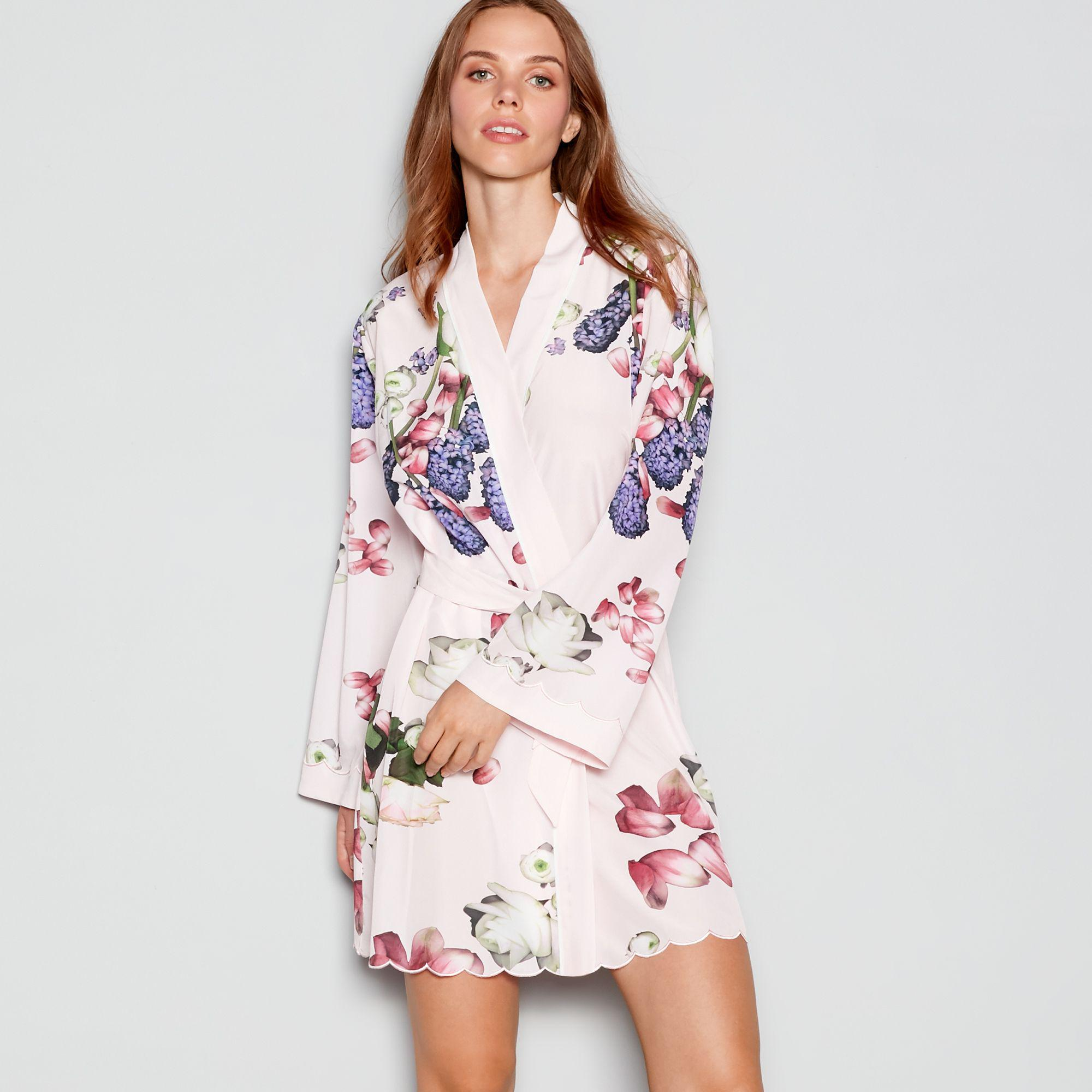 Ted Baker Pale Pink Floral Print  kensington  Satin Dressing Gown in ... b23ad553b