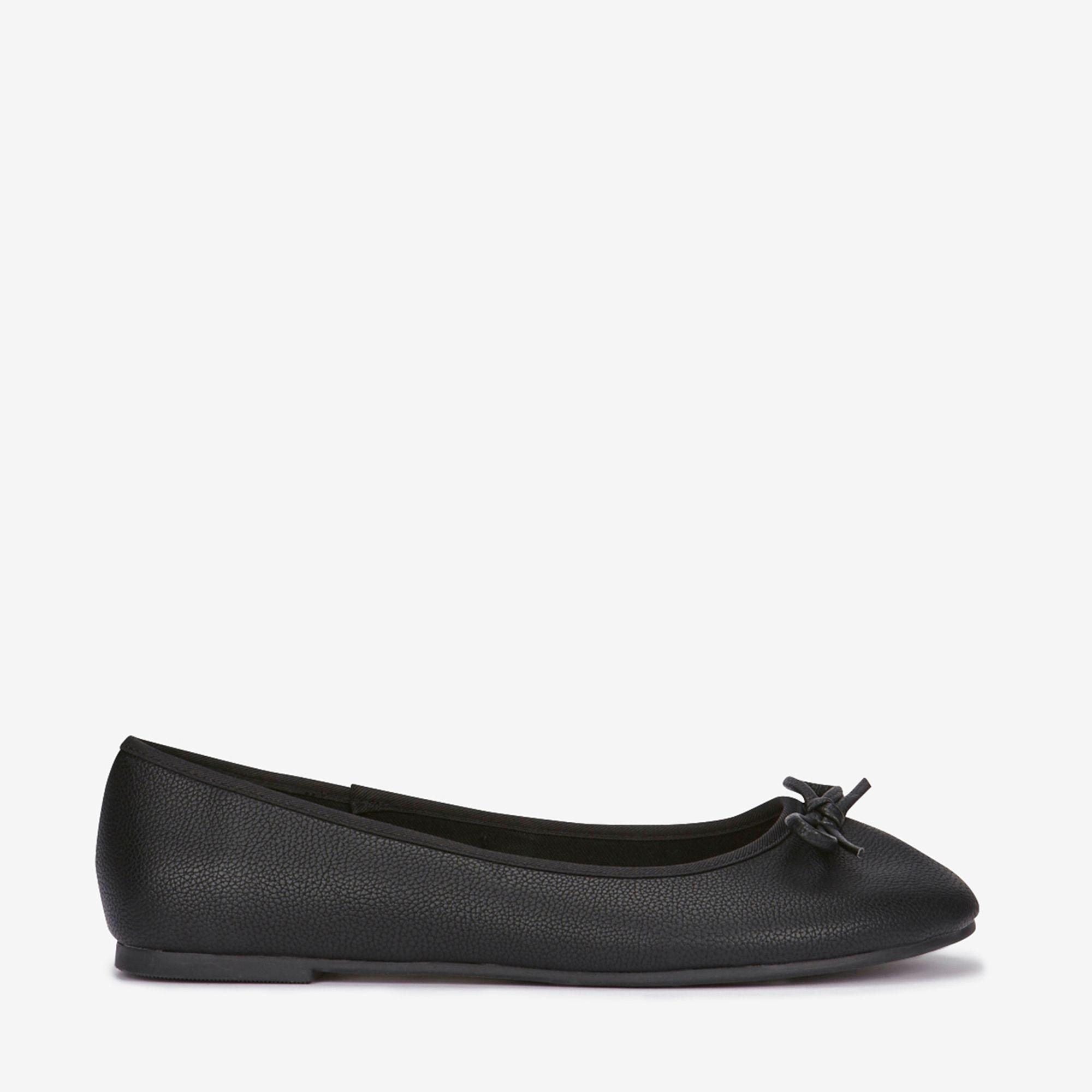 d1721947110f Evans Extra Wide Fit Black Bow Ballerina in Black - Lyst