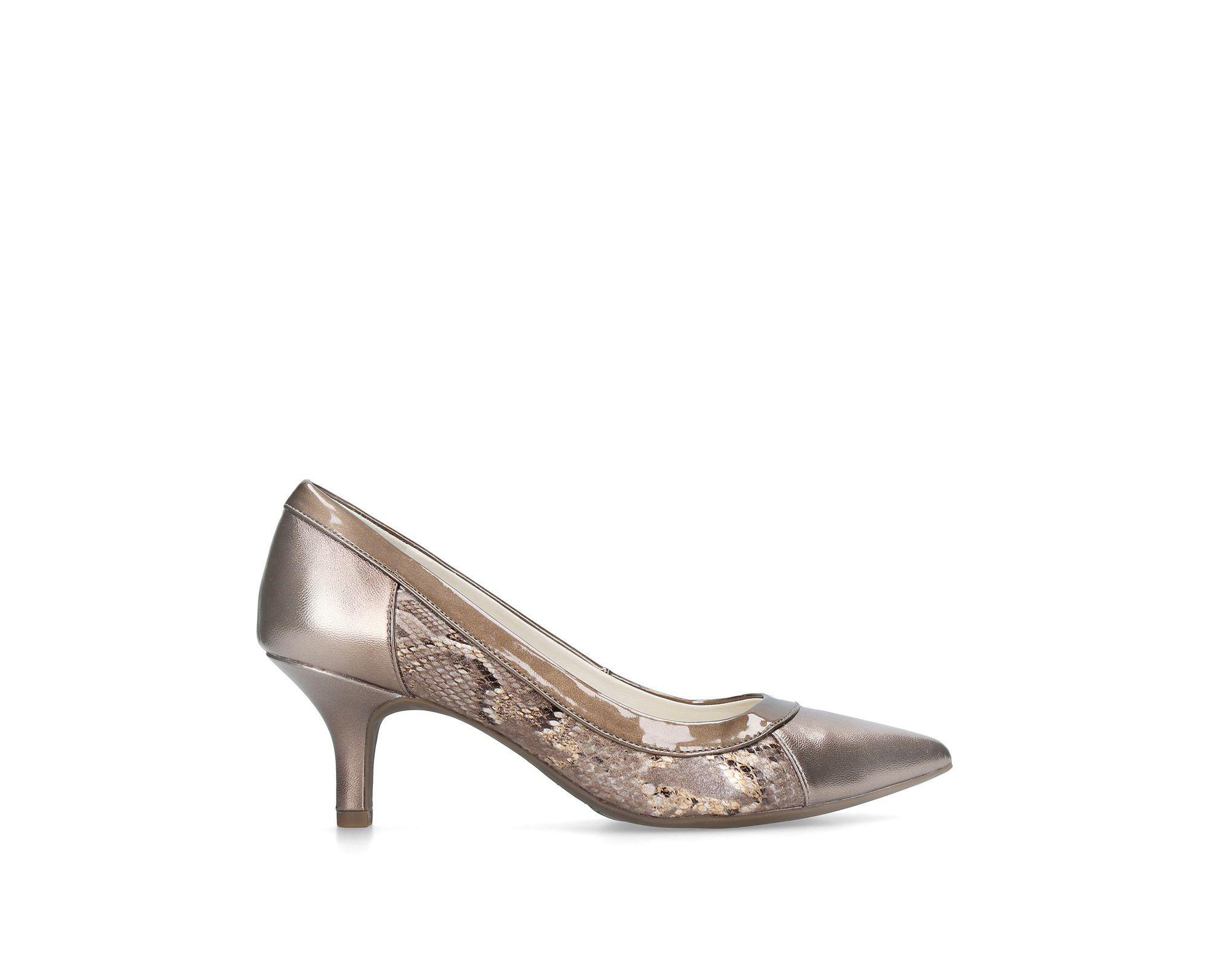 5e1a4e7bc50 Anne Klein Bronze  fabryce  Pointed Toe Court Heels in Metallic - Lyst
