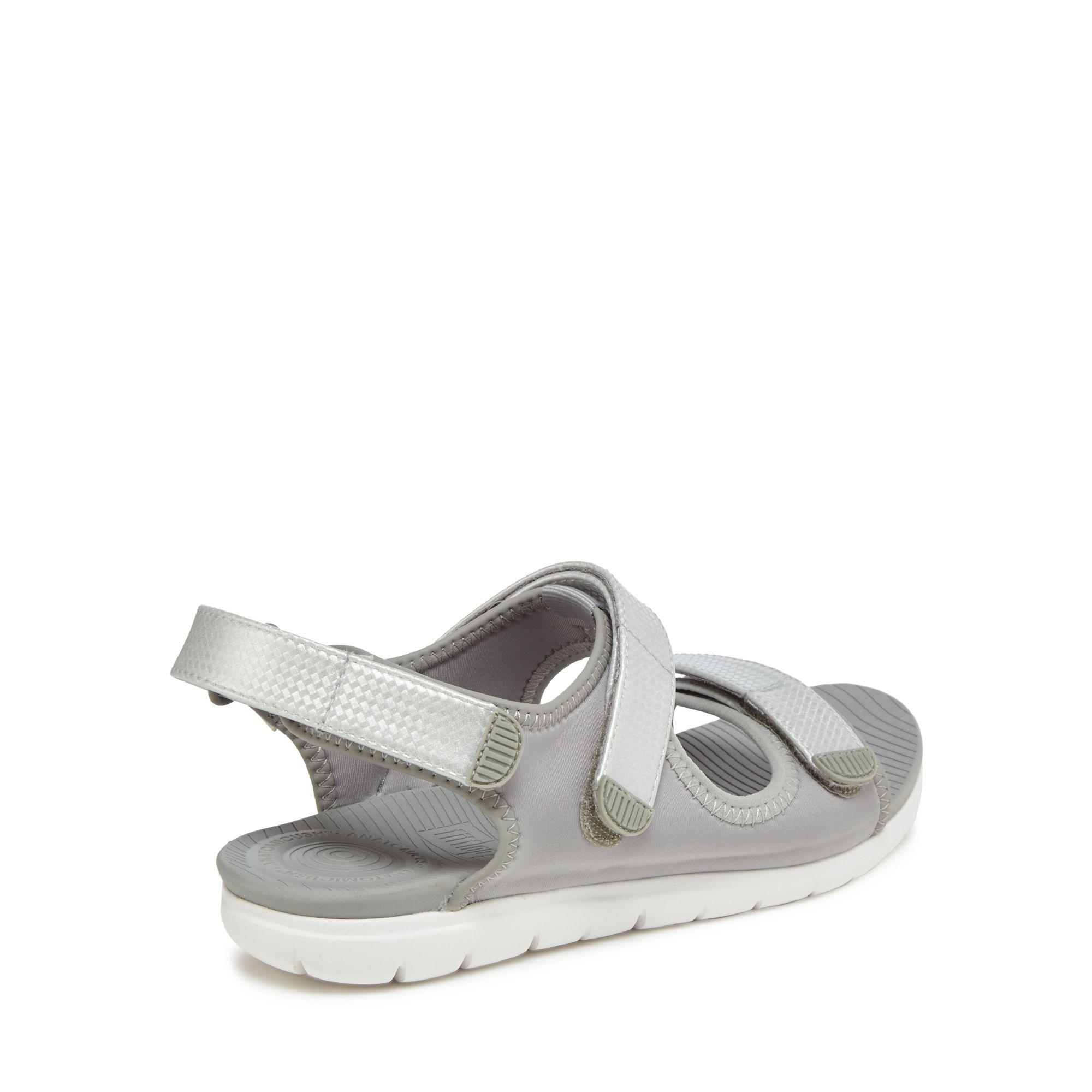 d5900711c Fitflop Light Grey  neoflex  Sandals in Gray - Lyst