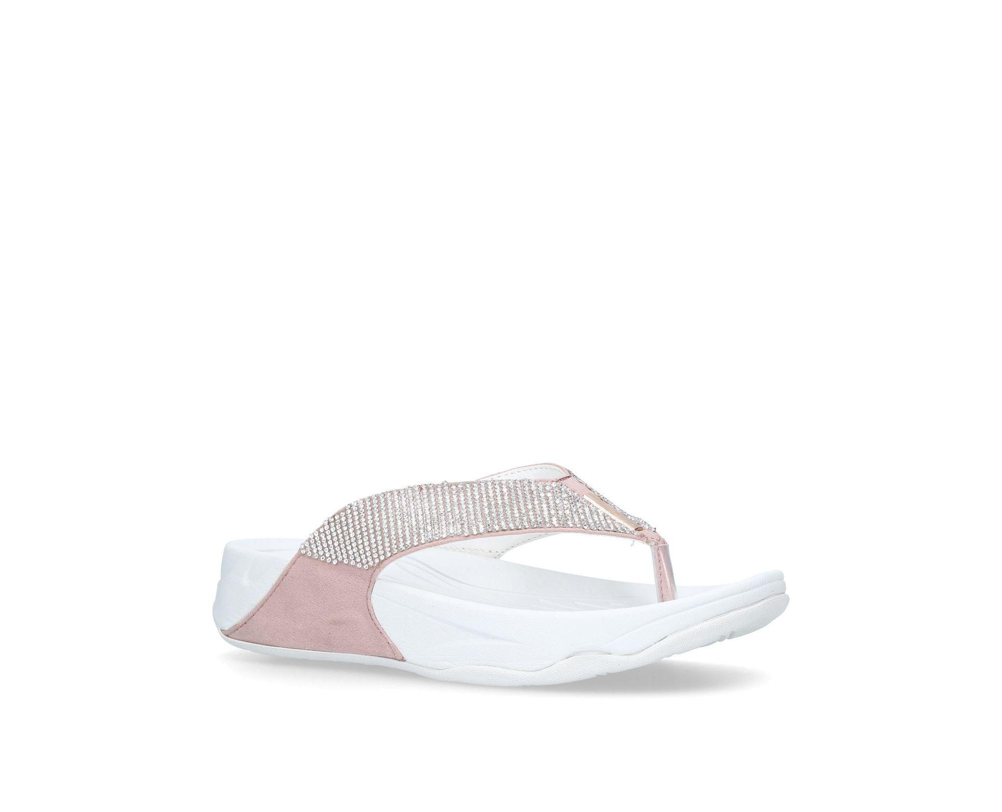 f176c5558 Carvela Kurt Geiger Nude  sin  Flip Flops in White - Save 17% - Lyst