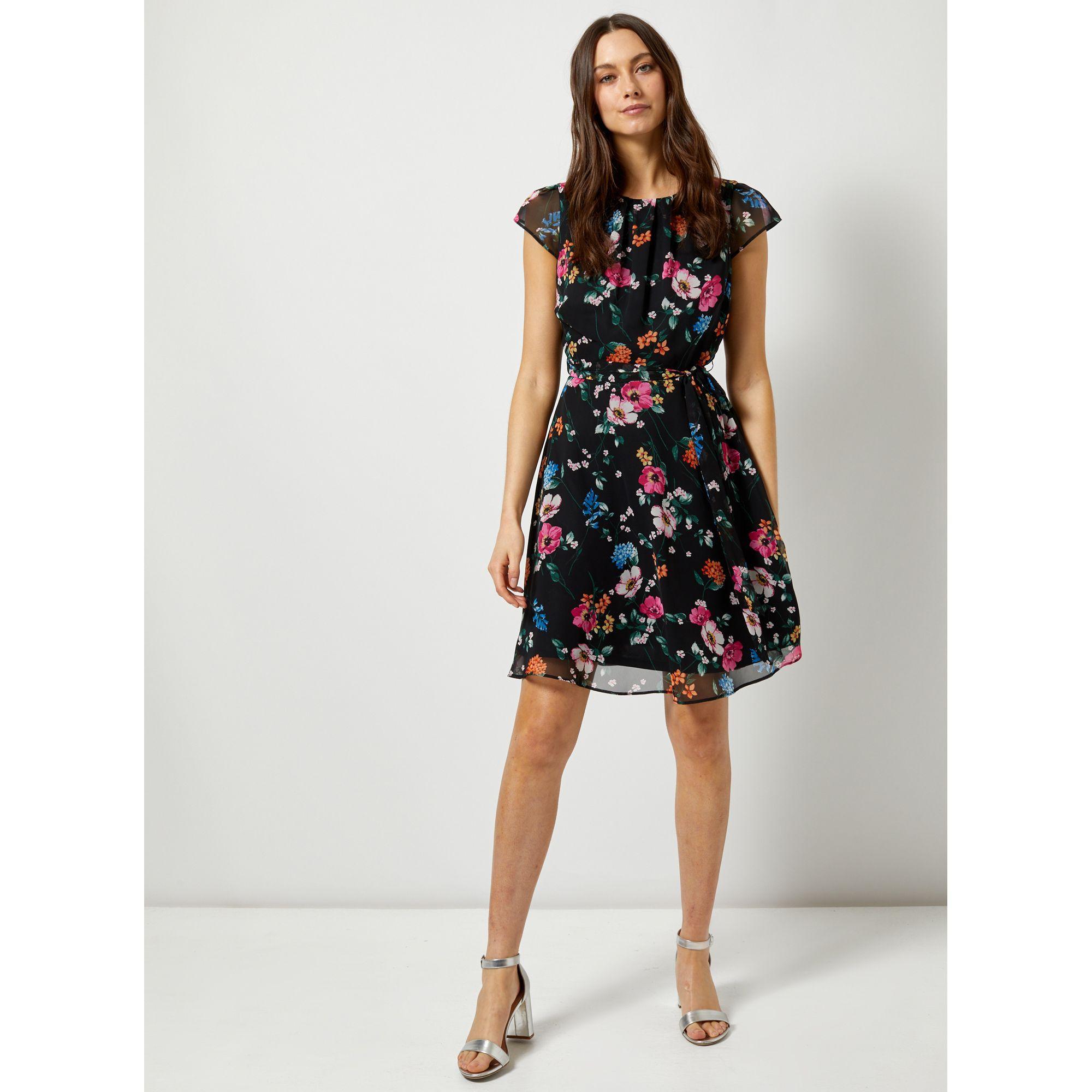 5e3ad59c7e2 Dorothy Perkins. Women s Billie   Blossom Black Short Sleeve Floral Print  Skater Dress