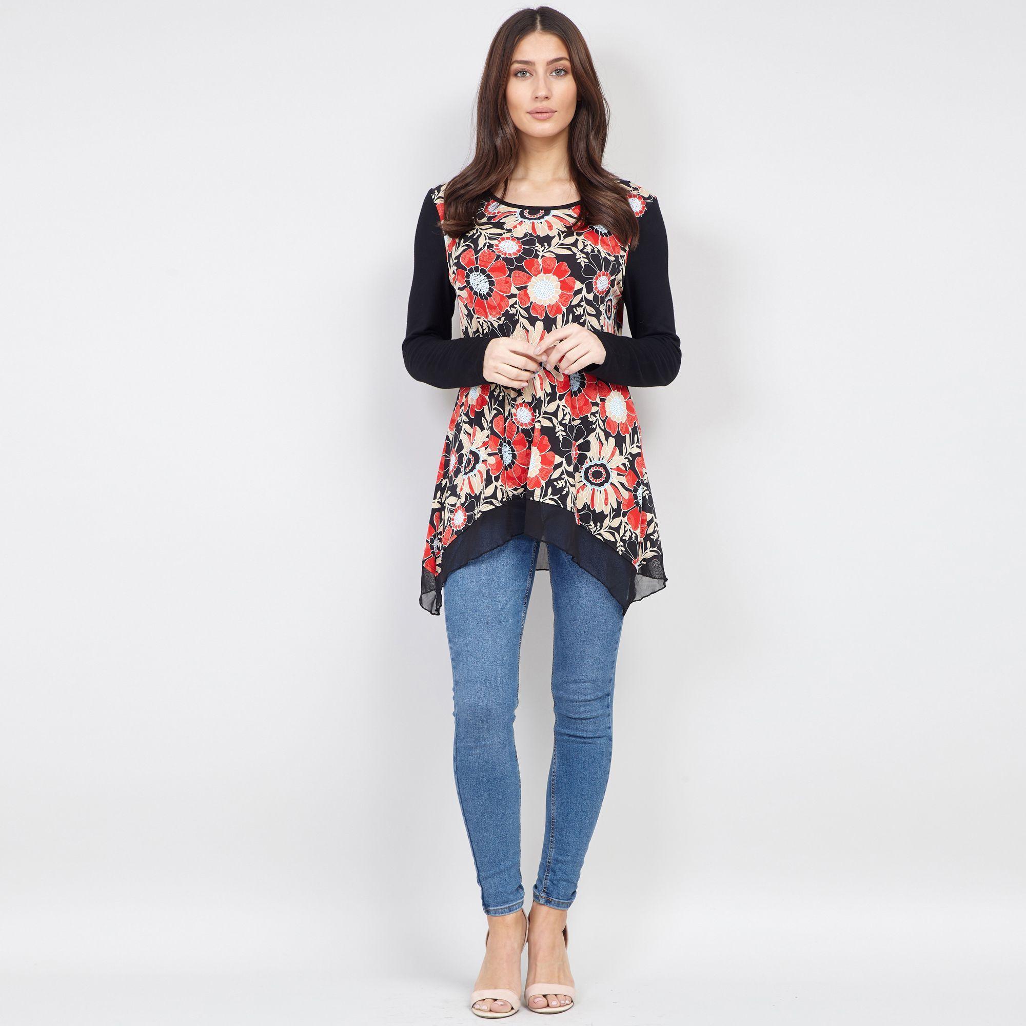 3a27c3a00aa Izabel London - Black Floral Print Tunic Top - Lyst. View fullscreen