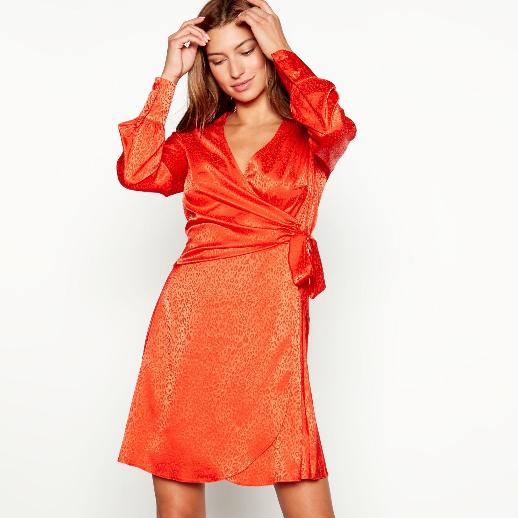 6e4c85688988 Red Herring Leopard Print Long Sleeve V-neck Mini Dress in Orange - Lyst
