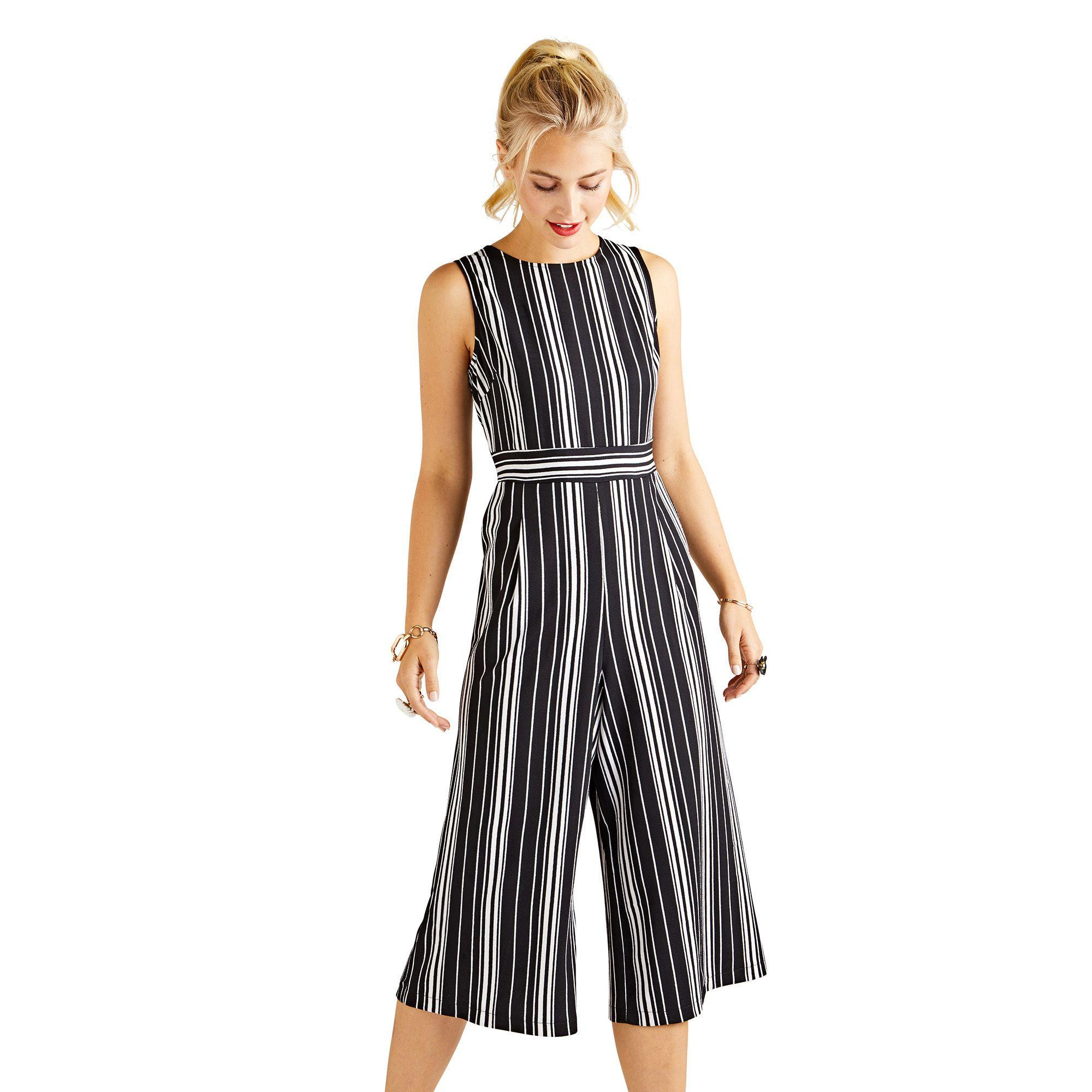 3e21bf848e Yumi  Black Stretch Striped Sleeveless Culotte Jumpsuit in Black - Lyst