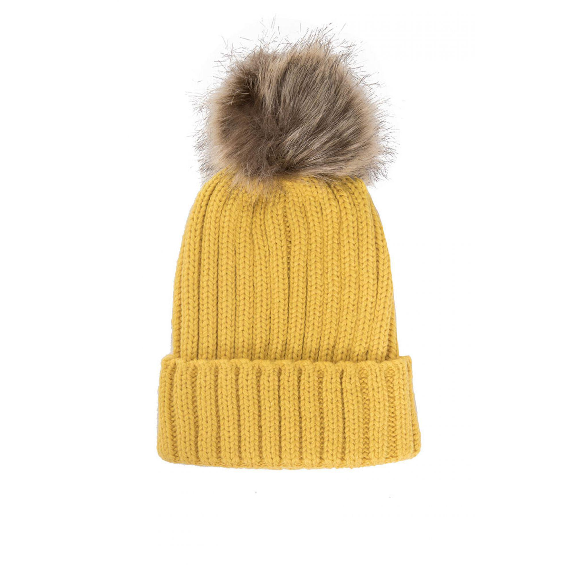 e5a1d7a6eeb Quiz Mustard Knitted Contrast Pom Pom Hat in Yellow - Lyst