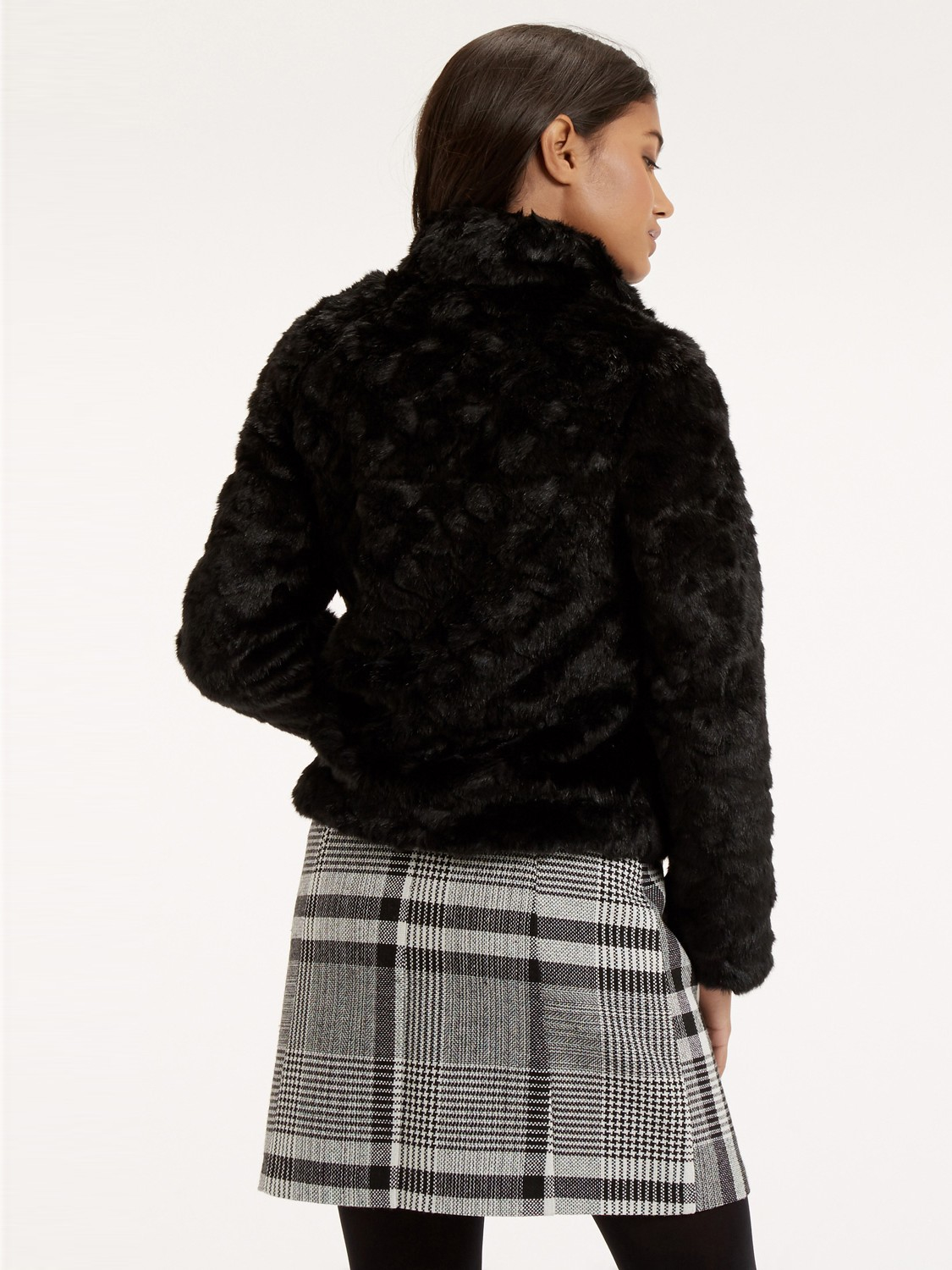 Black Short Faux Fur Coat - Tradingbasis