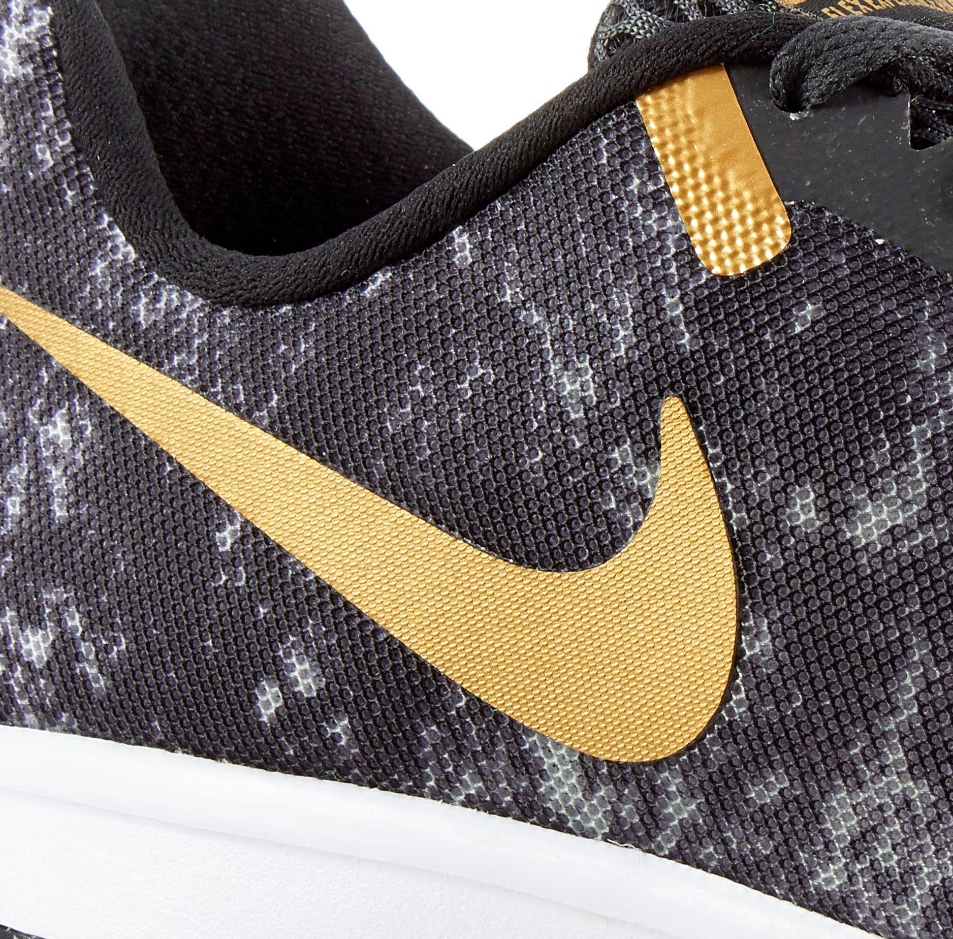 black and gold nike flex experience rn 4