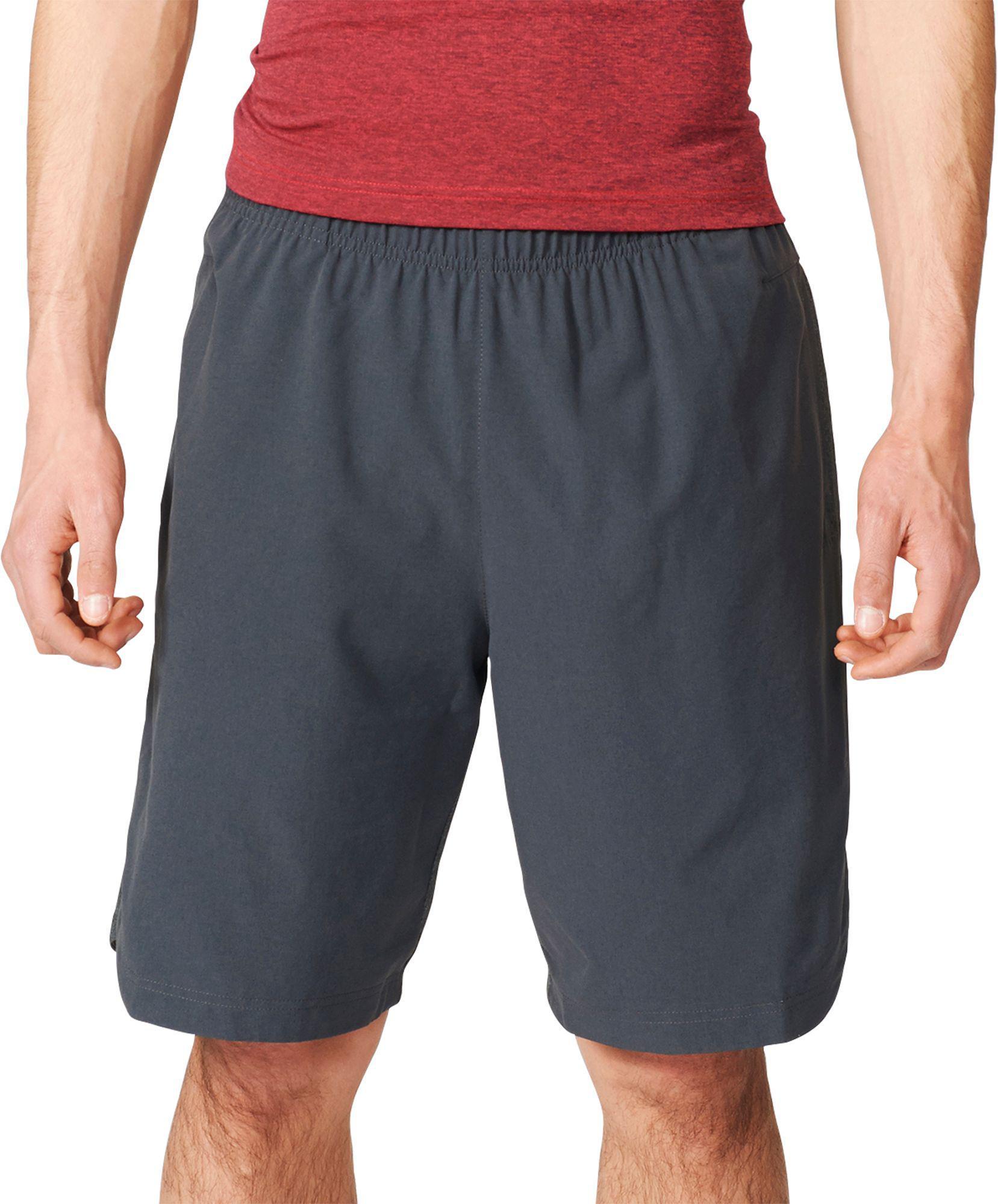 lyst adidas atleta id pantaloncini in nero per gli uomini.