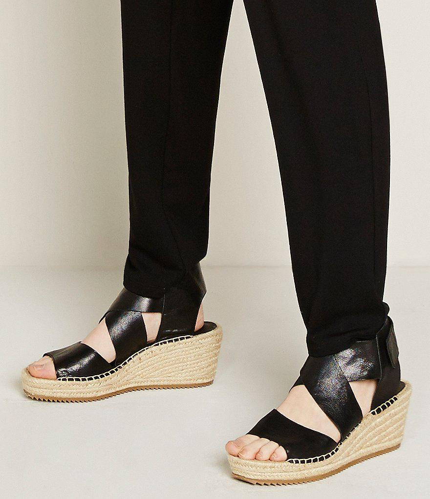 29dd21f18f9 Eileen Fisher - Brown Willow Tumbled Leather Criss Cross Banded Wedge  Espadrilles - Lyst
