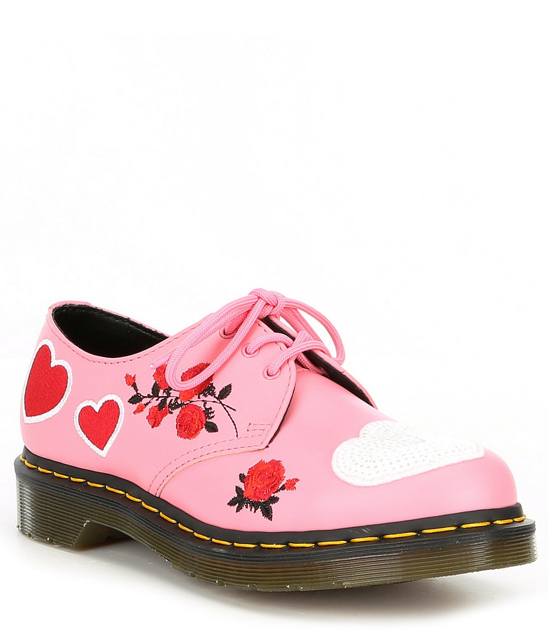 Dr martens pink 1461 hearts flat shoes | styling in 2019