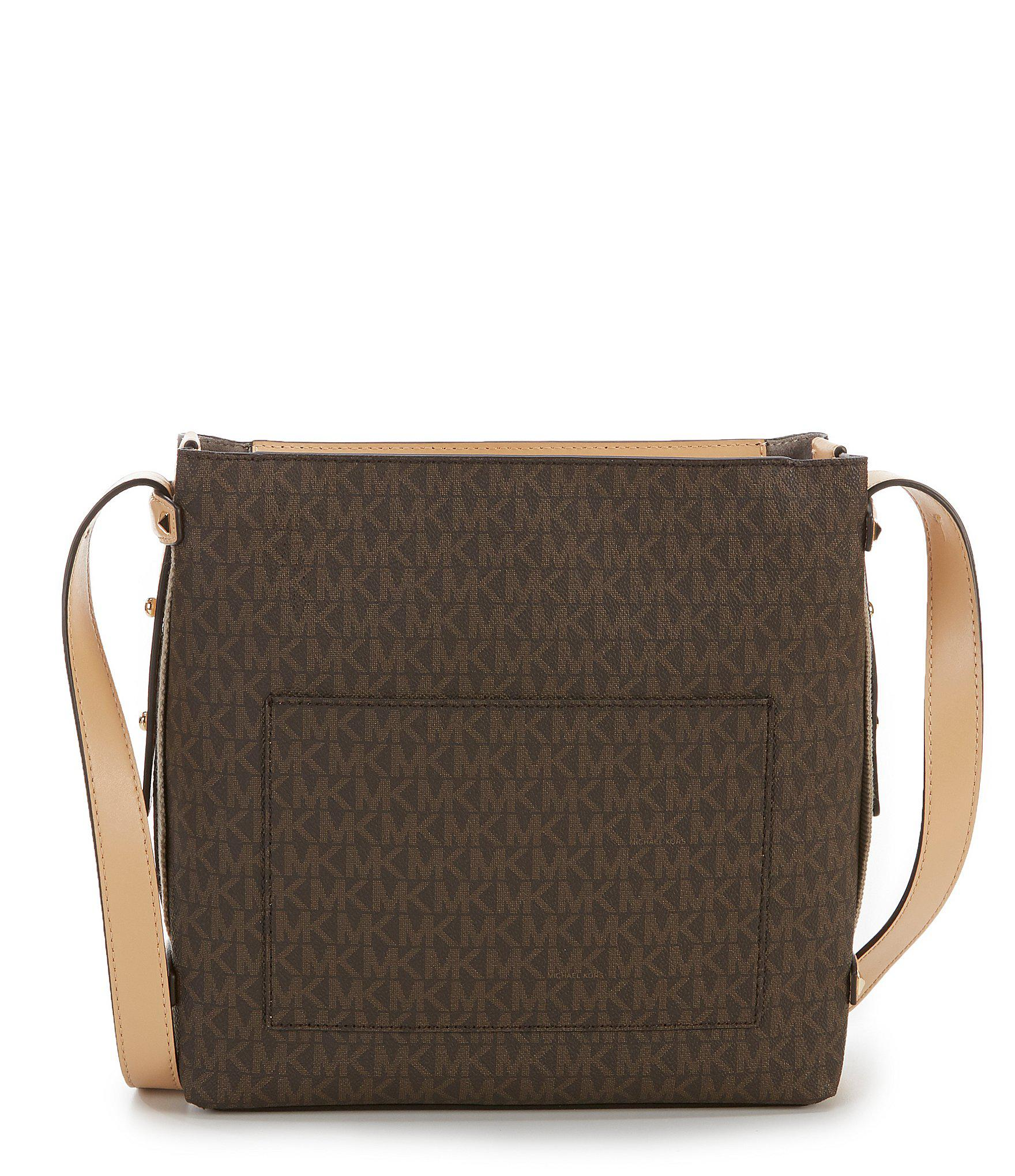 d0e35358b9 Gallery. Previously sold at  Dillard s · Women s Cross Body Bags ...