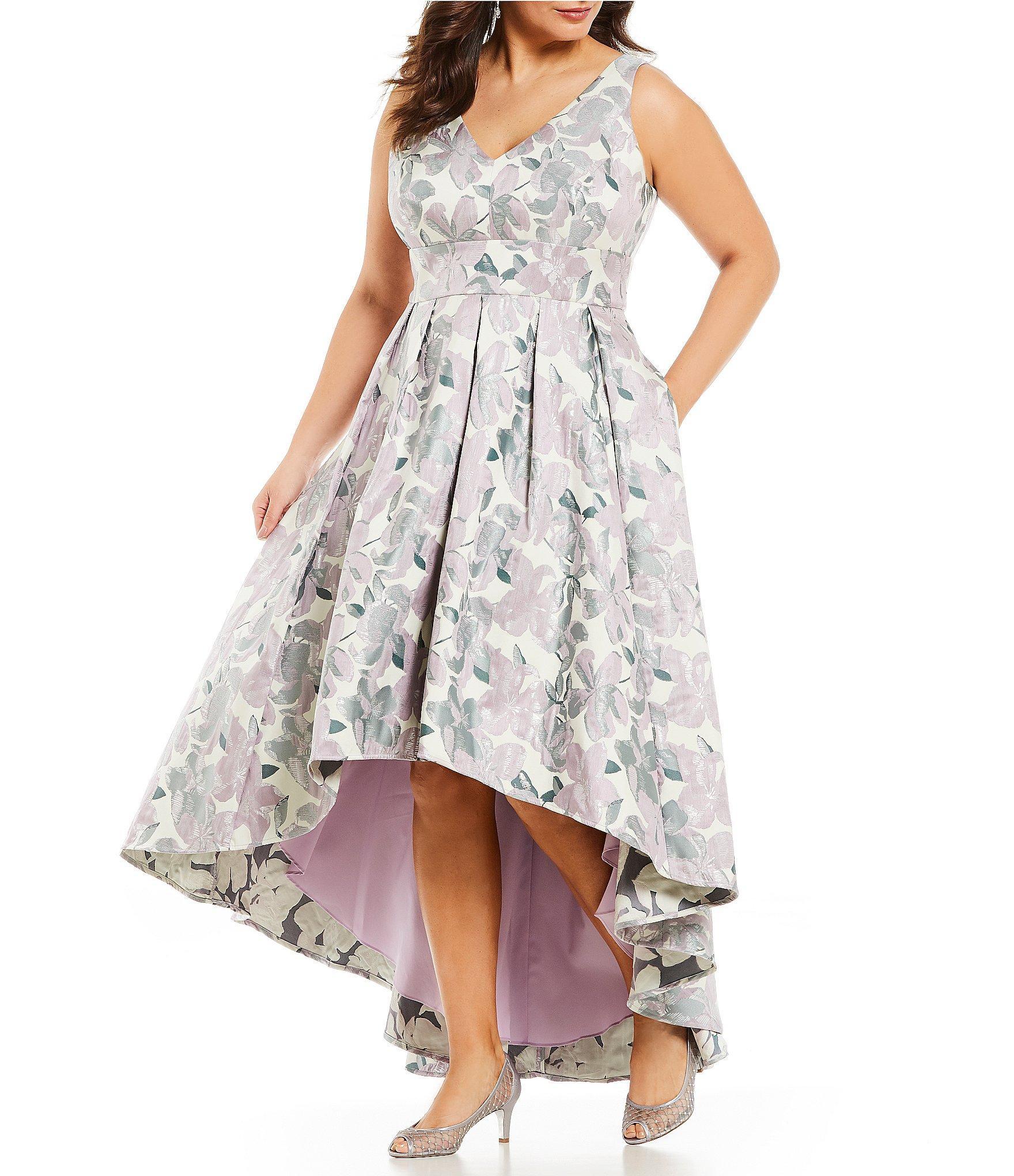 29e61ee20a8 Eliza J Plus Size Floral Print Jacquard V-neck Hi-low Gown - Lyst