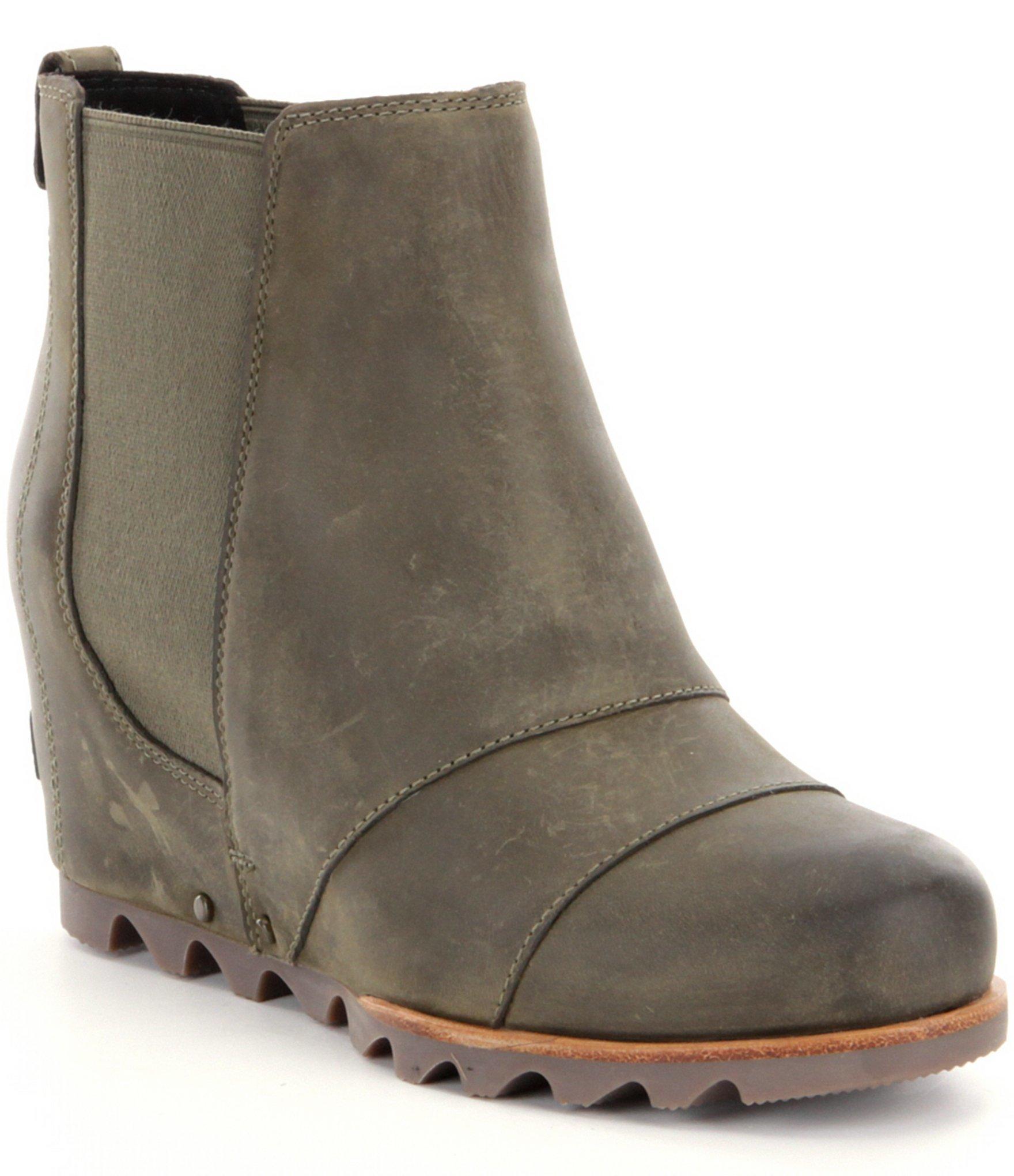 Sorel 174 Lea Wedge Chelsea Boots In Green Lyst