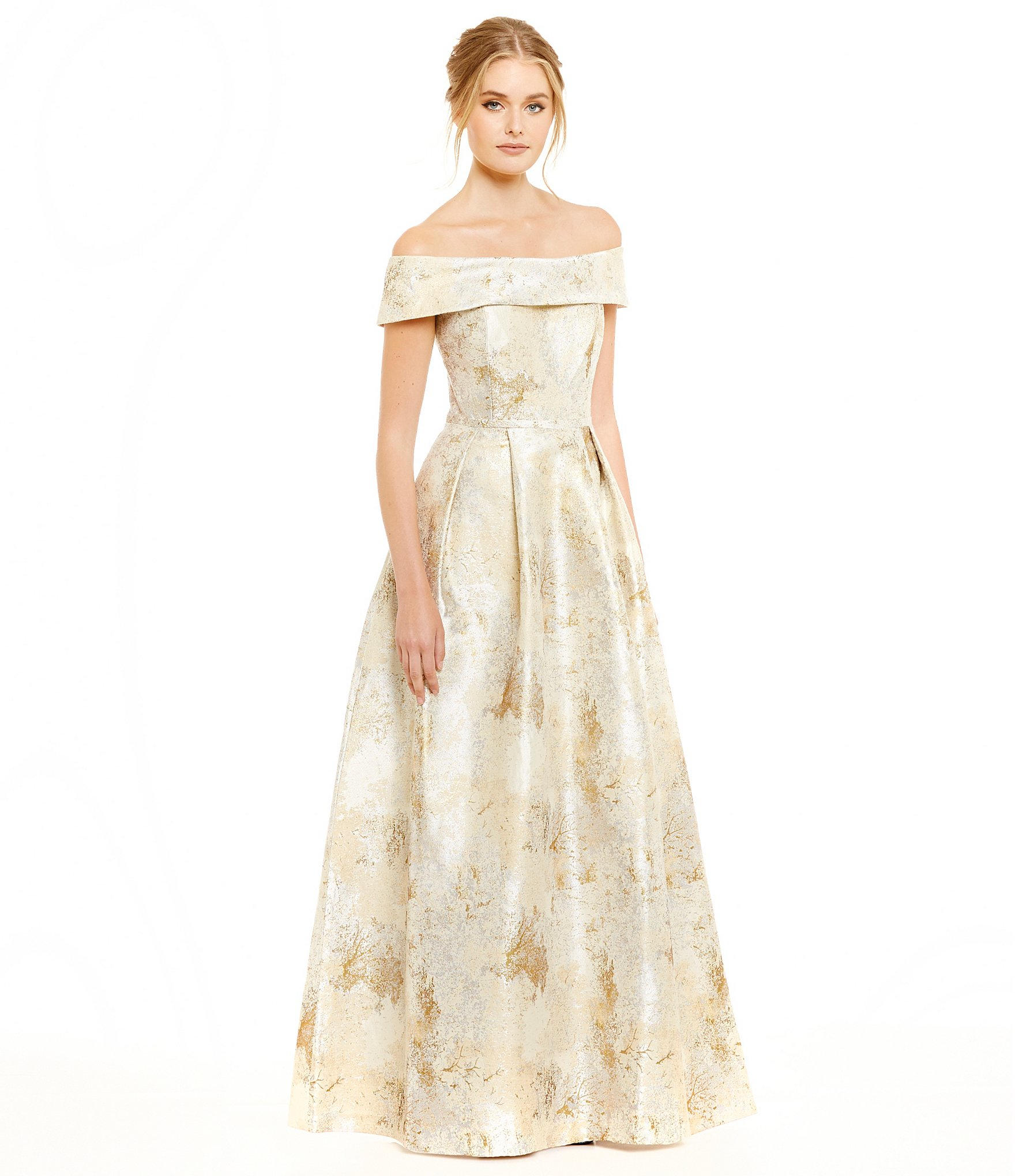 fd6da9dabe Calvin Klein Off-the-shoulder Metallic Jacquard Gown in Metallic - Lyst