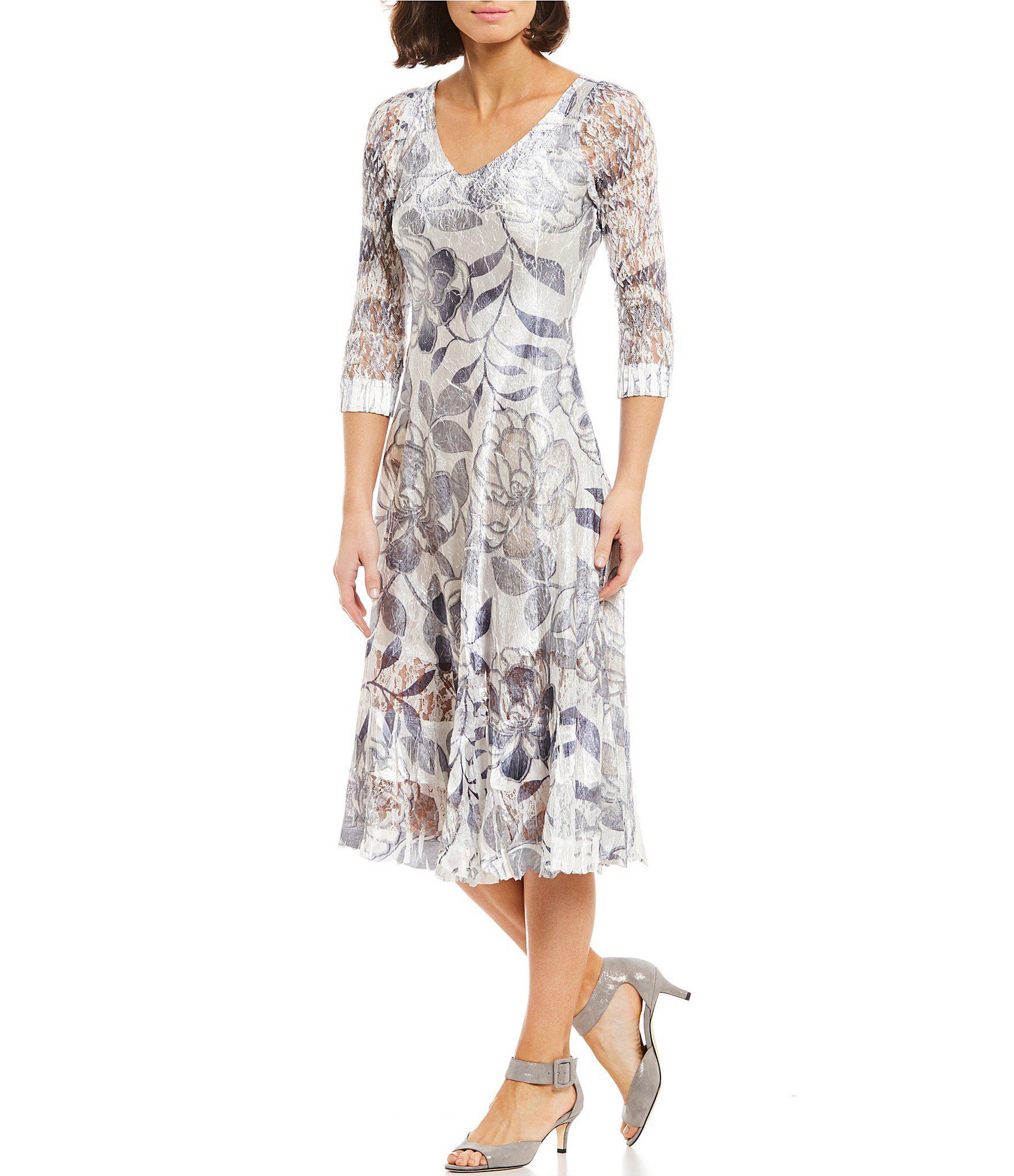 dc36b9901f Komarov V-neck Floral Print Midi Dress - Lyst