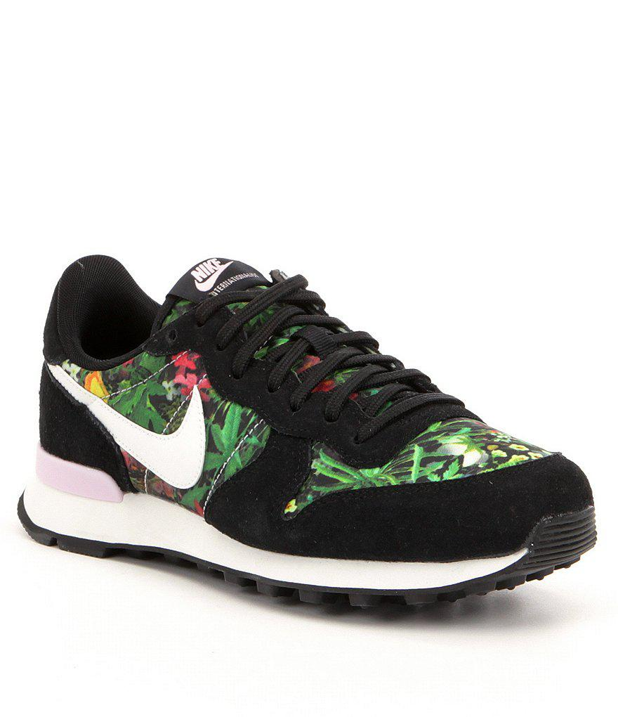 new products 24912 a88a5 Lyst - Nike Women ́s Internationalist Premium Print Lifestyle Shoes ...