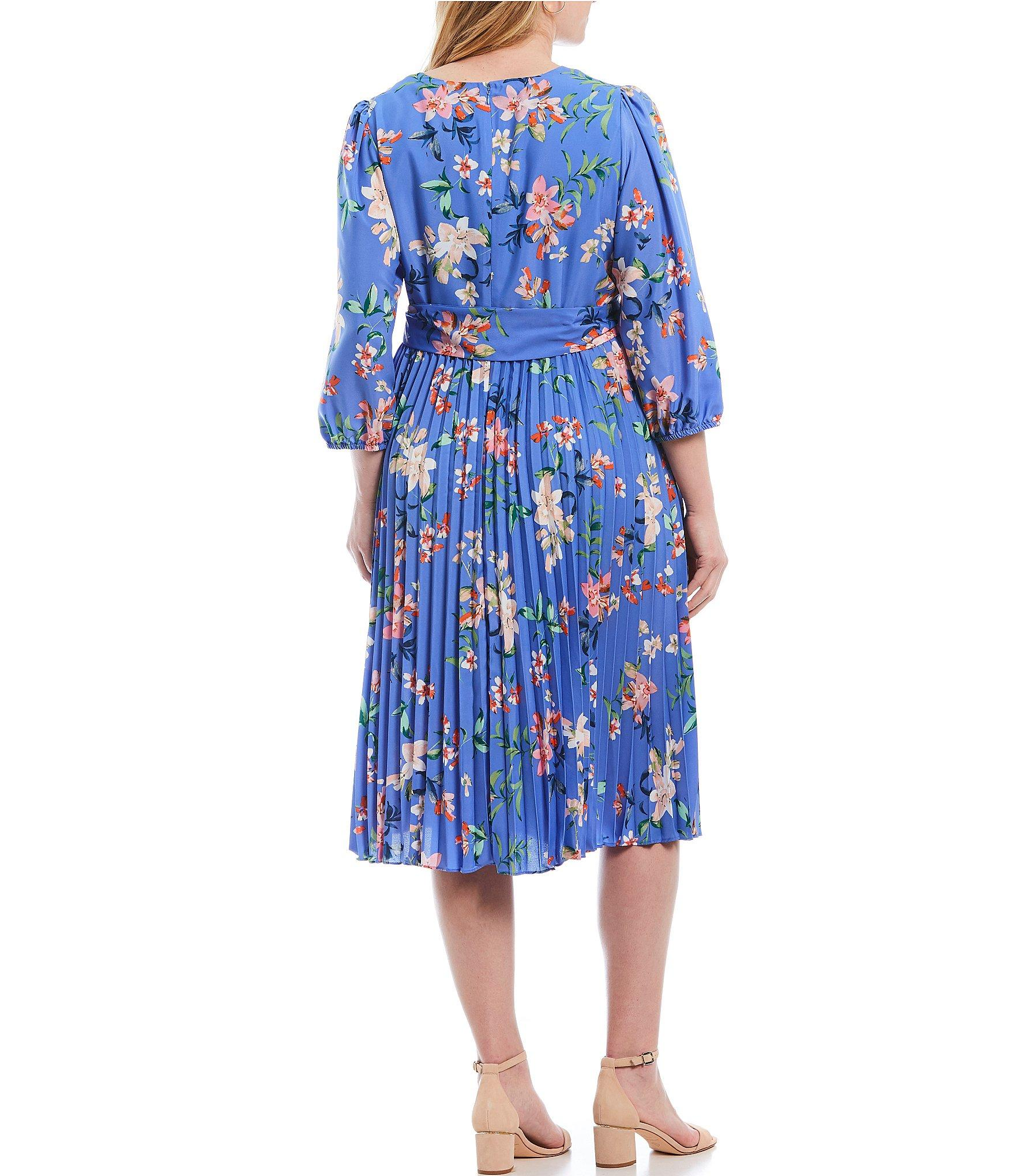 637edca5092 Lyst - Eliza J Plus Size Floral Print V-neck Pleated Skirt 3/4 ...