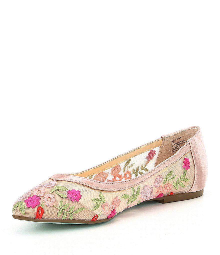 Betsey Johnson Blue by Betsey Johnson Leah Floral Embroidered Mesh Flats TYsDnl