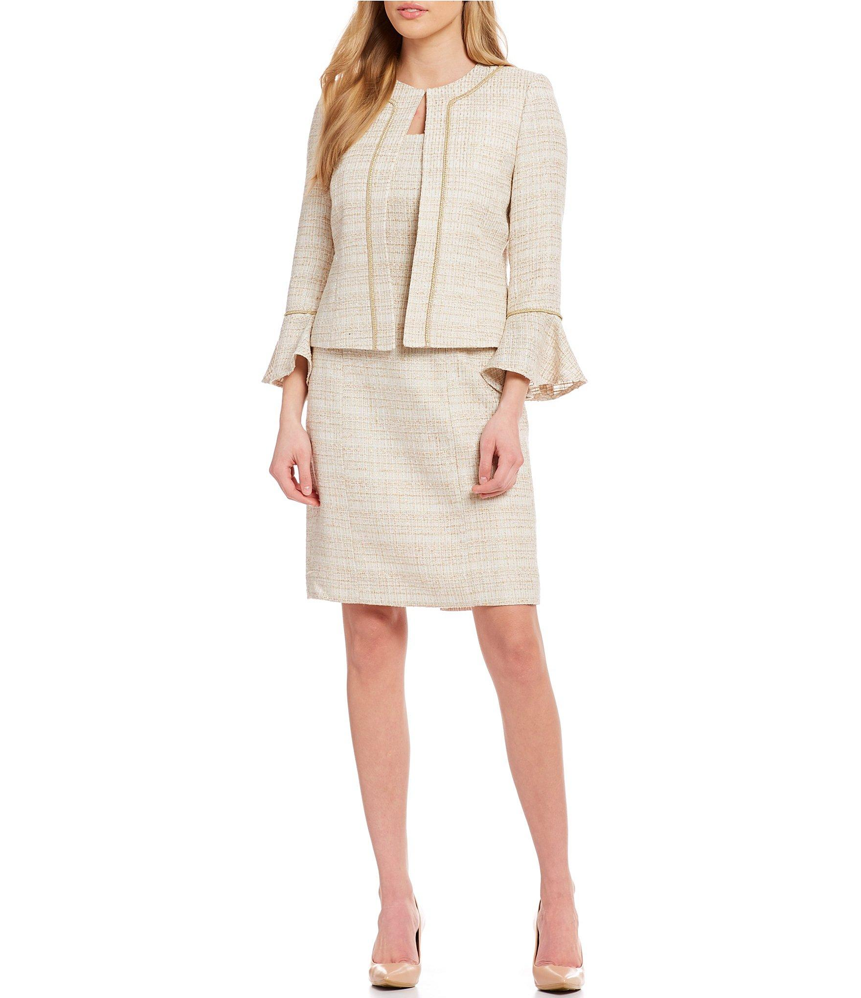 8b161ec640e2 Tahari Boucle Skirt Suit With Open Jacket in White - Lyst