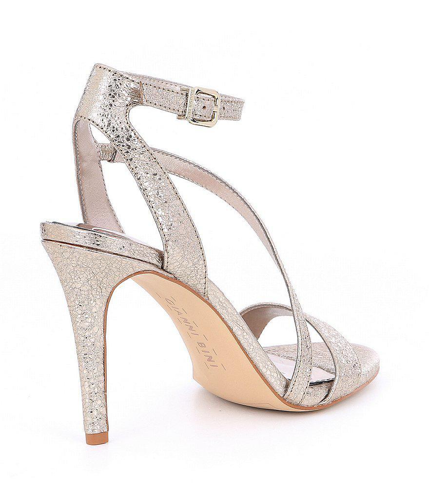 Evaleen Metallic Asymmetrical Strappy Dress Sandals 0OUmzI